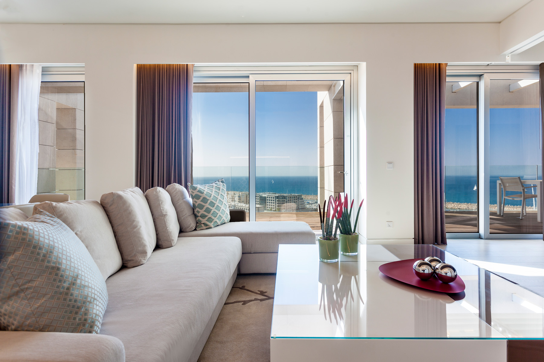 Additional photo for property listing at Ritz-Carlton Residences Herzliya Luxury Apartment Herzliya, Israel Israël