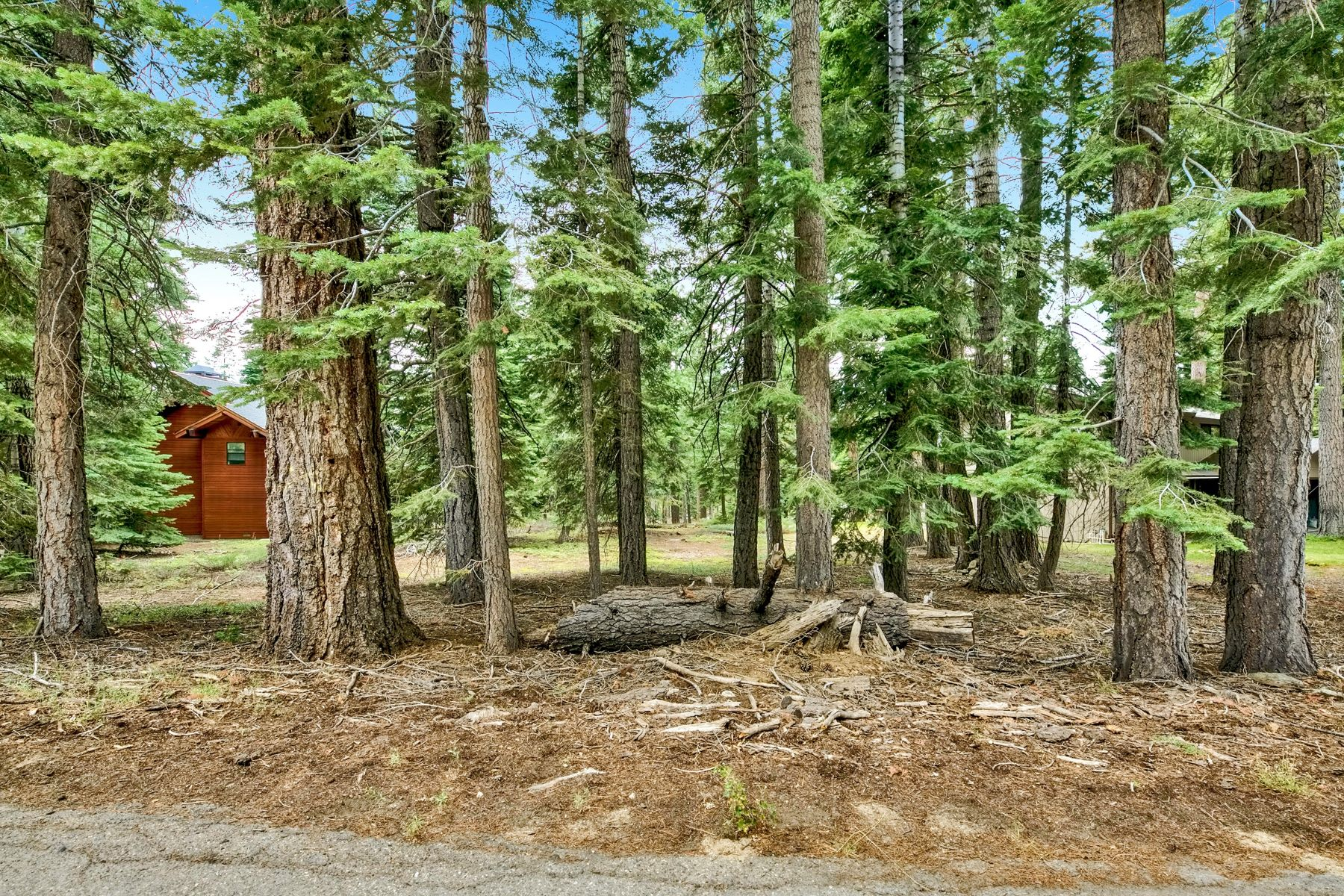 Land for Active at 2320 Dundee Cir, South Lake Tahoe, CA 96150 2320 Dundee Cir South Lake Tahoe, California 96150 United States