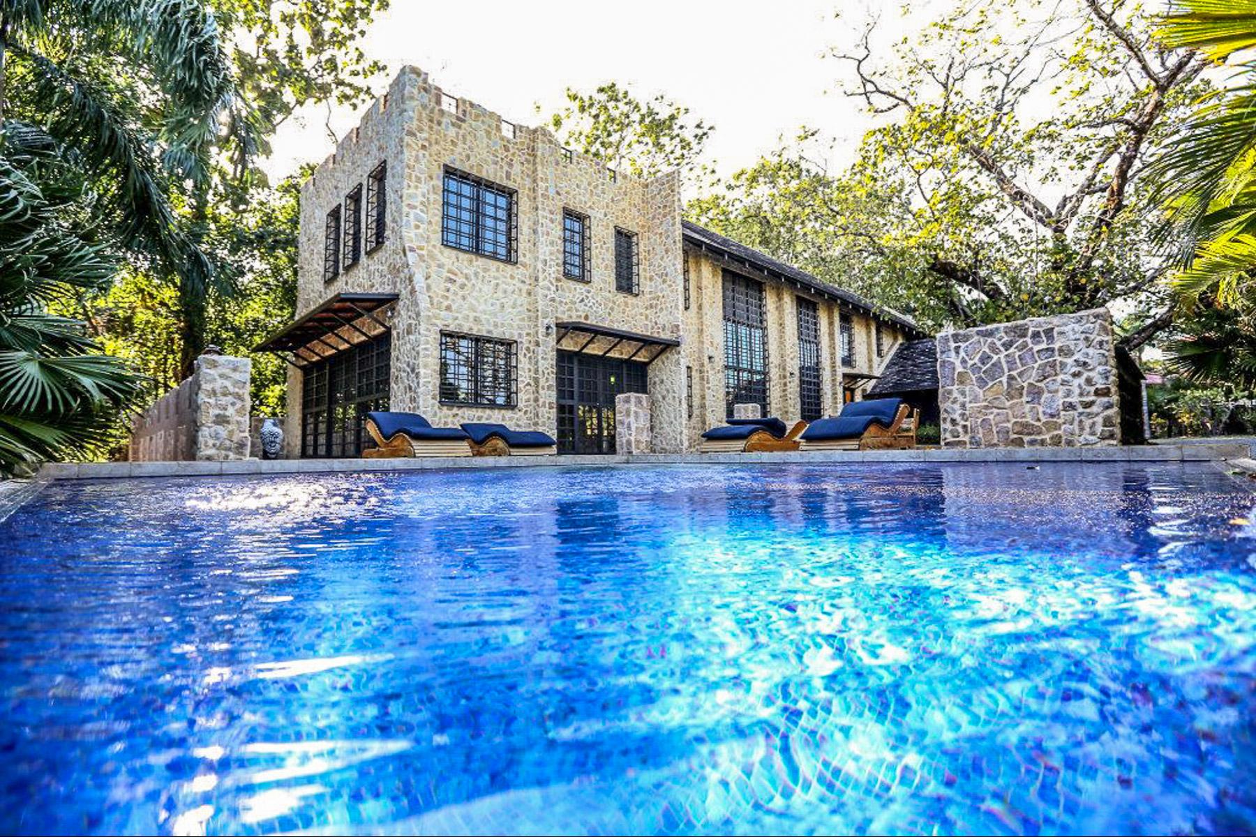Single Family Homes por un Venta en Stone Villa Tambor Tropical Other Puntarenas, Puntarenas Costa Rica
