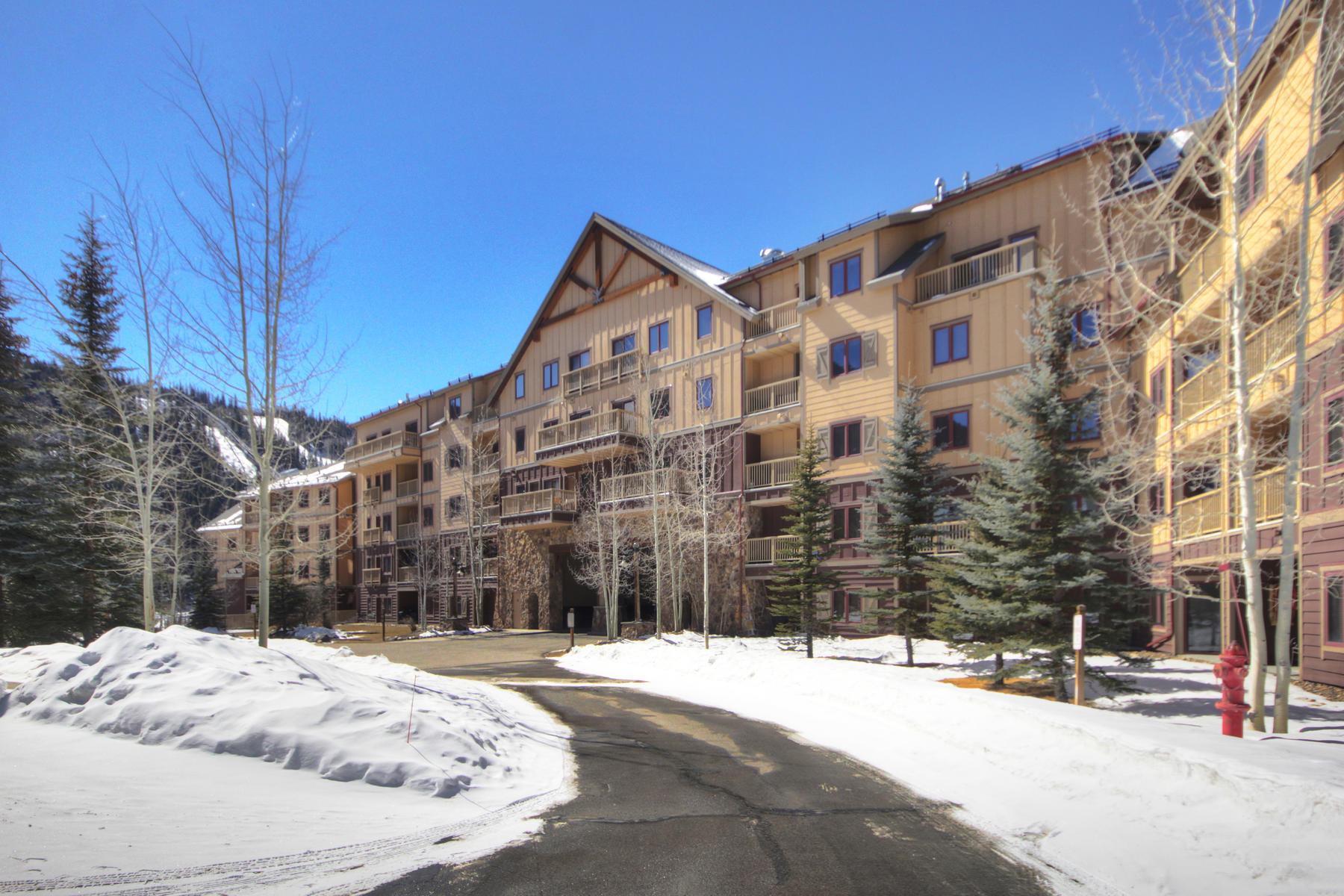 Condominiums for Active at Red Hawk Lodge #2214 20 Hunkidori Court #2214 Keystone, Colorado 80435 United States