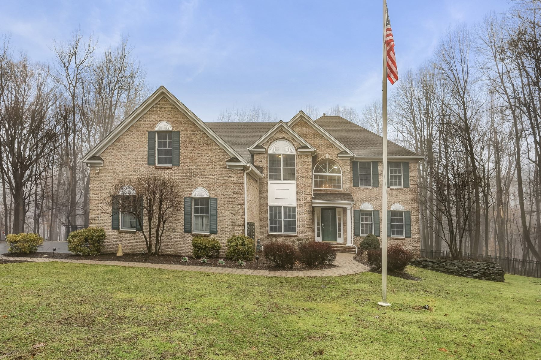 Single Family Homes for Sale at Classic Colonial 9 Wellington Drive, Long Valley, New Jersey 07853 United States