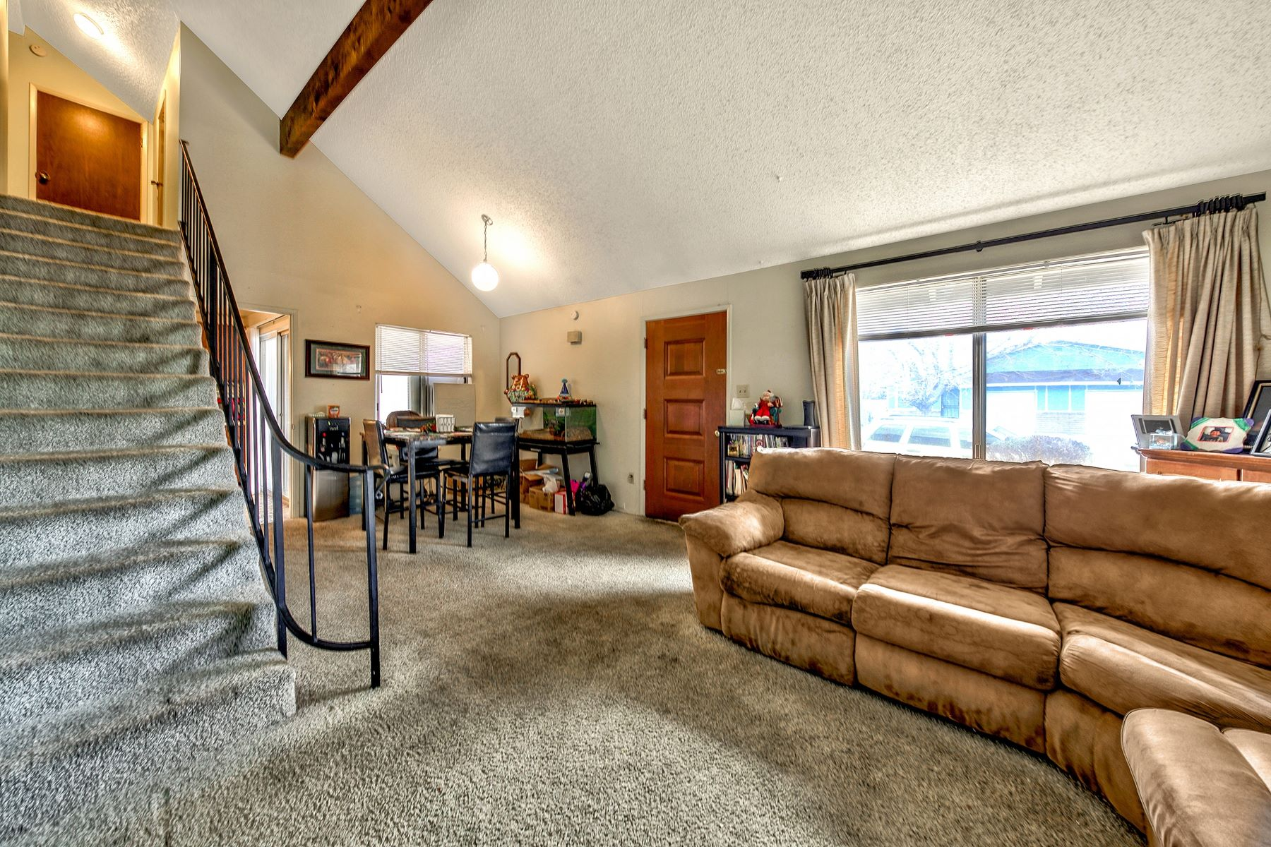 Additional photo for property listing at 1721 York Way, Sparks, NV 89431 1721 York Way Sparks, Nevada 89431 United States
