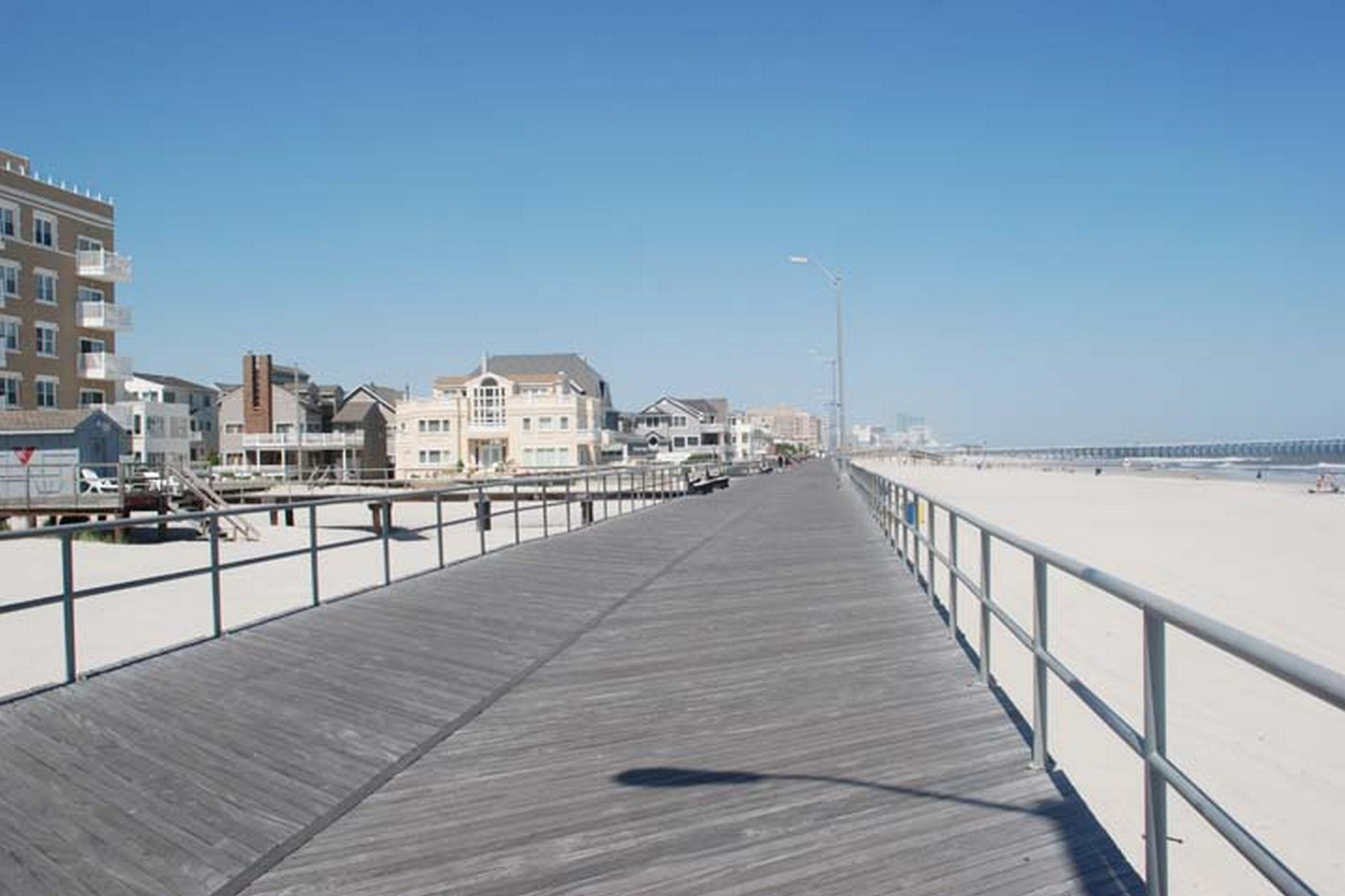 Single Family Homes for Sale at 104 S Baltimore Ave Ventnor, New Jersey 08406 United States