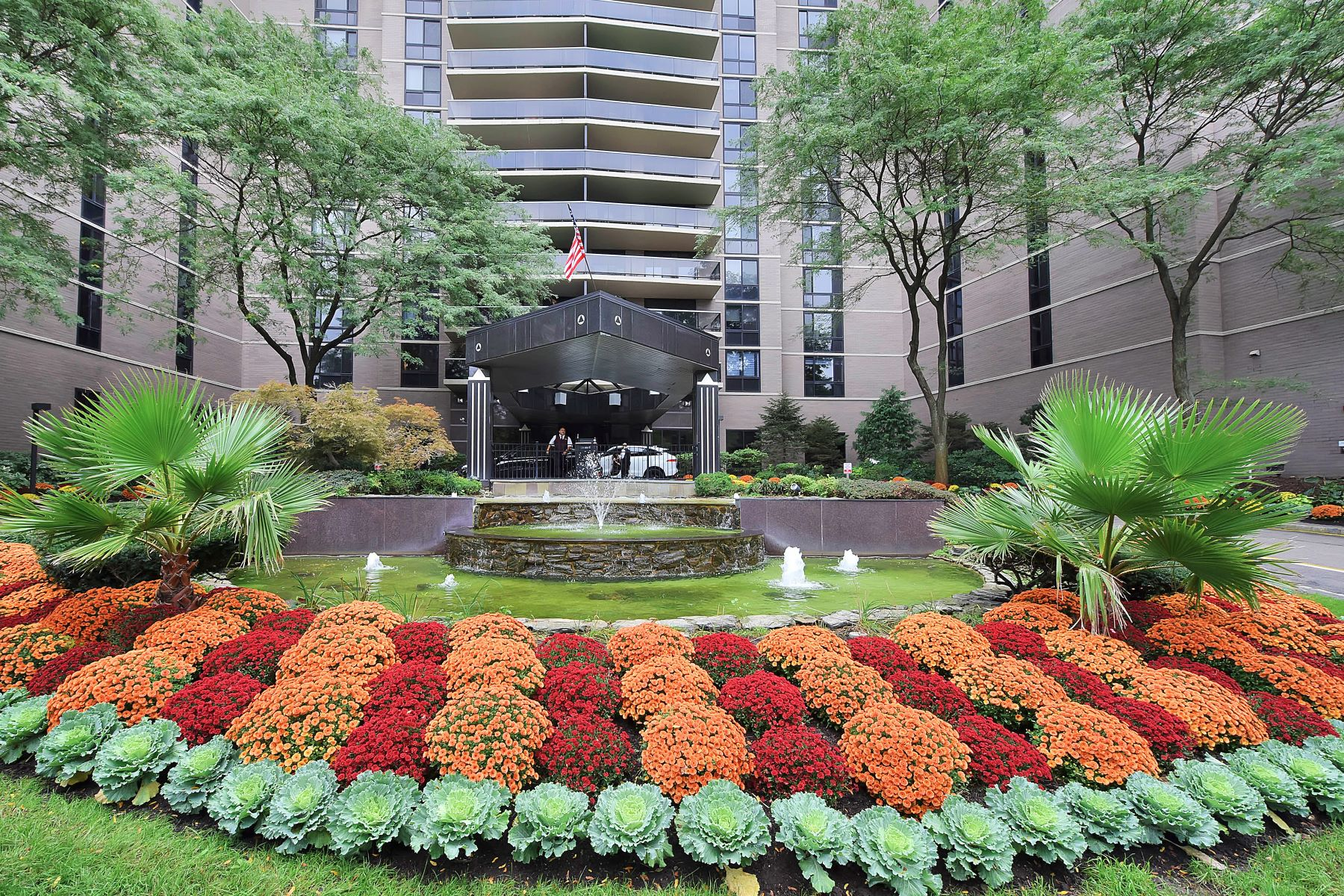 Condominium for Sale at Renovated Luxury Apartment 1512 Palisade Ave 5 M, Fort Lee, New Jersey 07024 United States