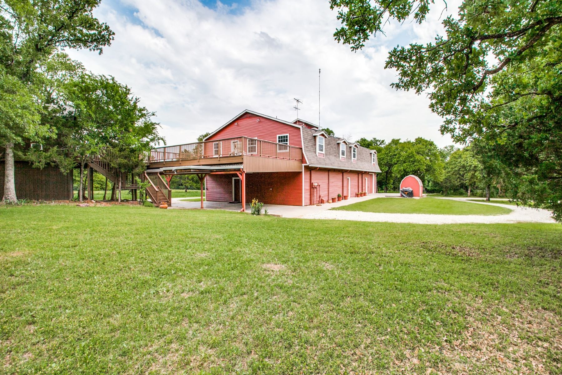 Farm / Ranch / Plantation for Active at 9213 Scenic Drive Pilot Point, Texas 76258 United States