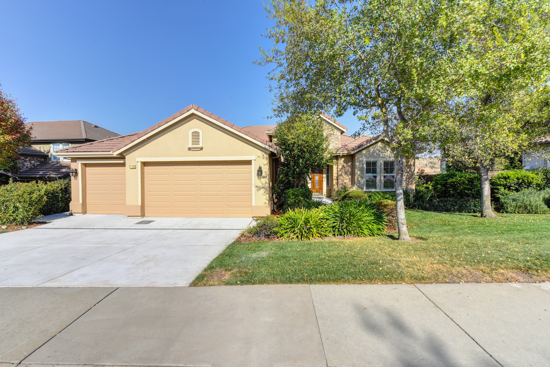 Single Family Home for Sale at 1169 Souza Drive, El Dorado Hills, CA 95762 1169 Souza Drive El Dorado Hills, California 95762 United States