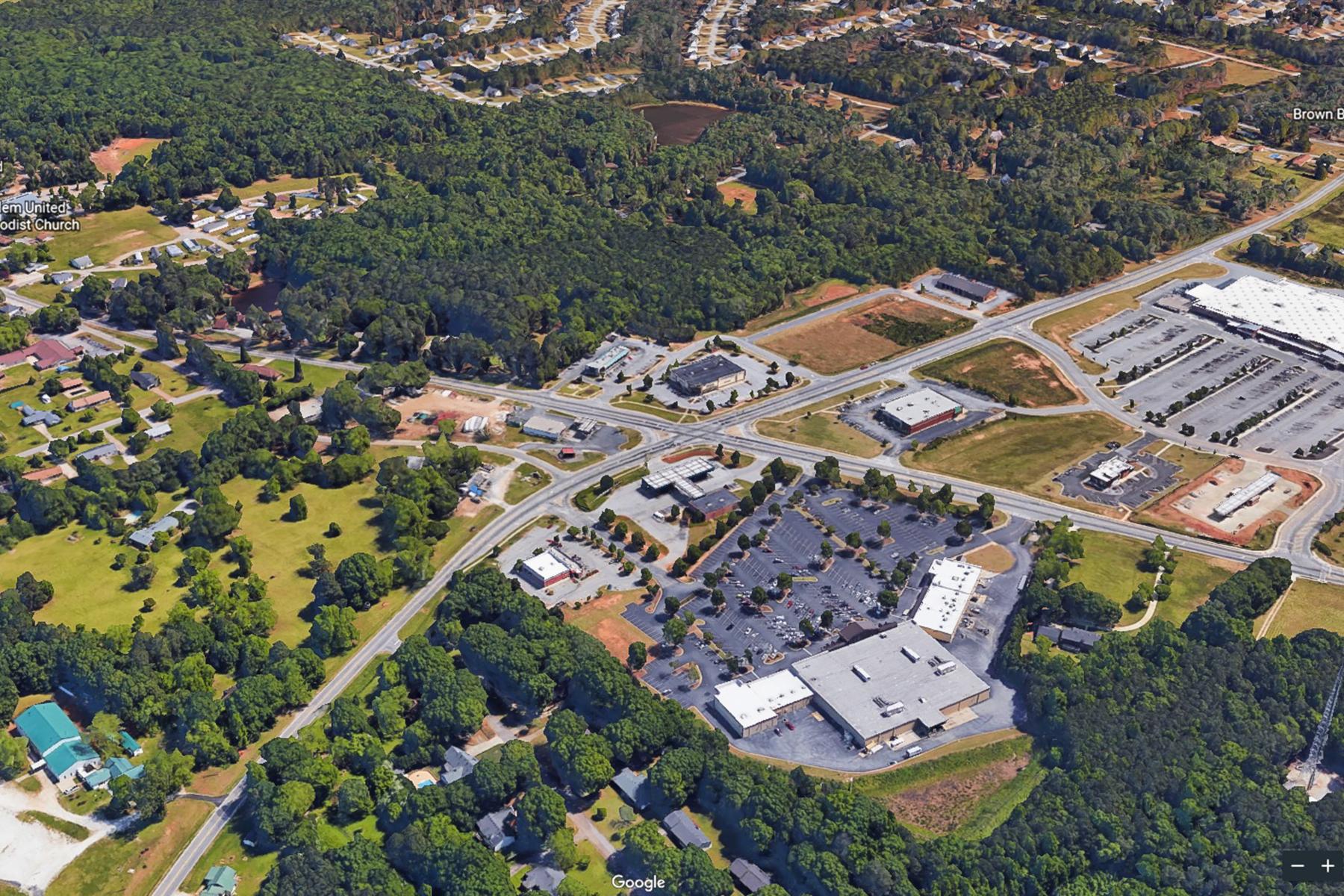 Additional photo for property listing at 8.62 Acres - Last Remaining Corner of Walmart Intersection Covington Georgia 65 Salem Circle, Covington, ジョージア 30016 アメリカ