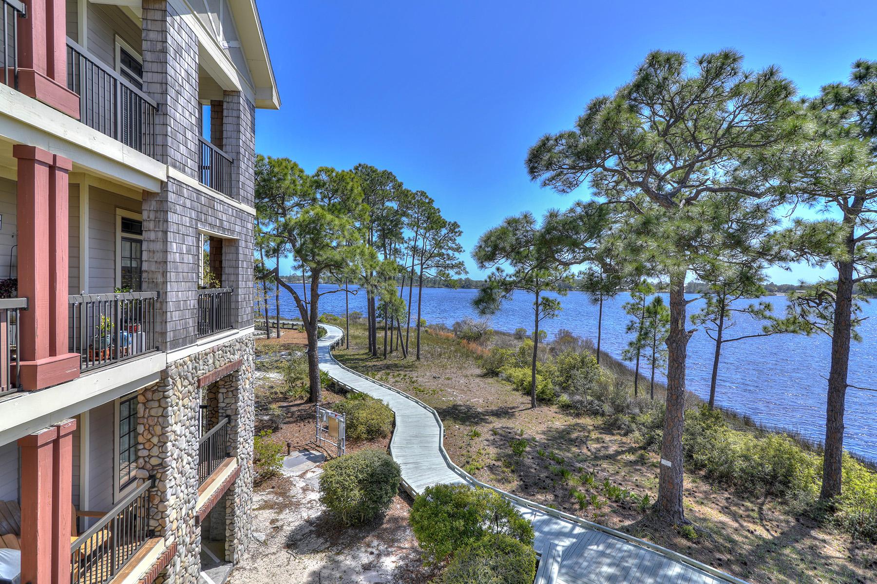 共管式独立产权公寓 为 销售 在 Spacious Condo in Gated Neighborhood with Stunning Water Views 1101 Prospect Promenade 202, 巴拿马城海滩, 佛罗里达州, 32413 美国