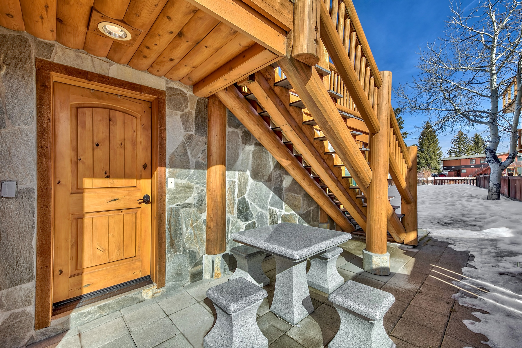Additional photo for property listing at 1853 Venice Drive, South Lake Tahoe, CA 96150 1853 Venice Drive South Lake Tahoe, California 96150 United States