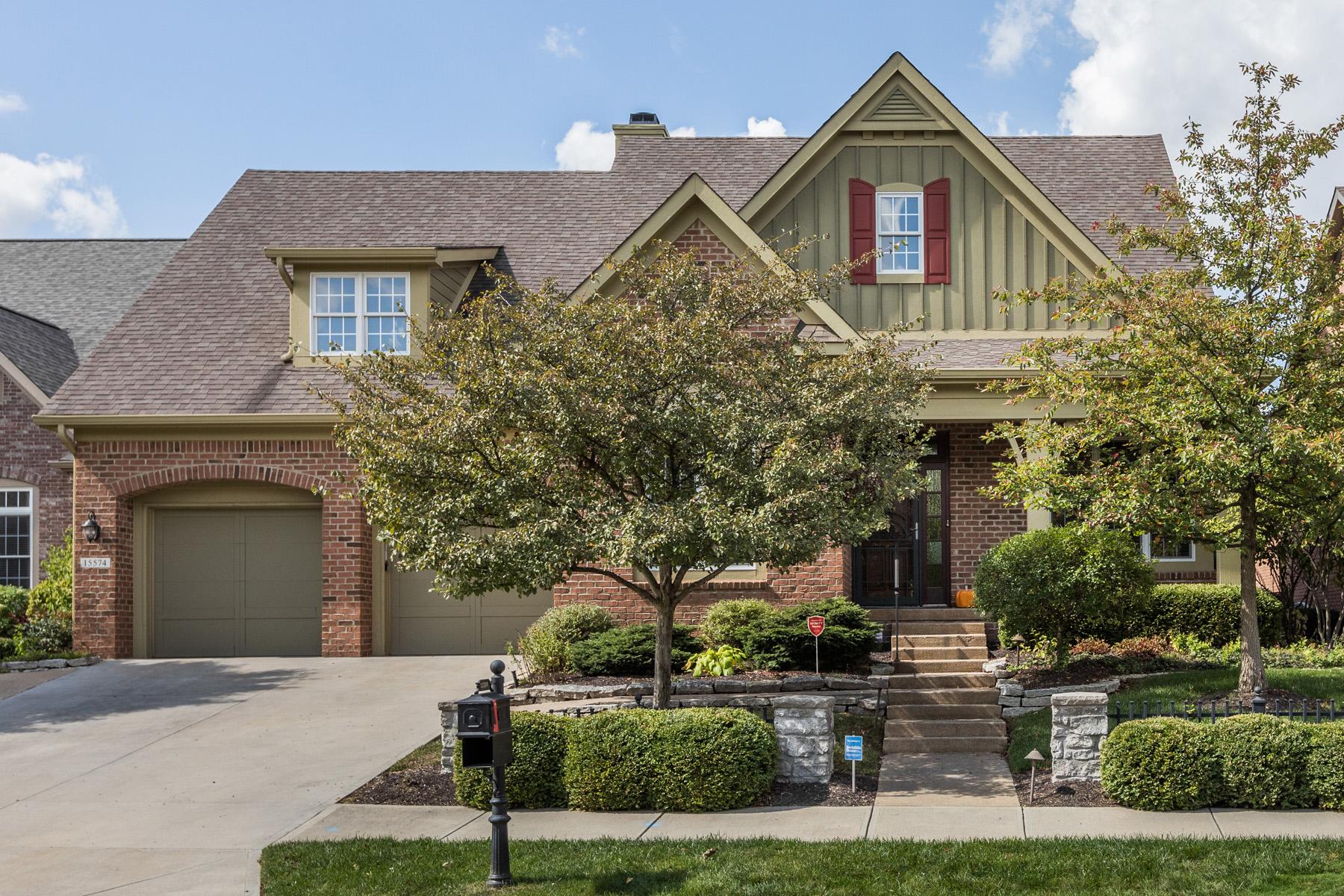Single Family Homes 为 销售 在 Luxury Home in Bridgewater Club 15574 Bridgewater Club Boulevard, 卡梅尔, 印第安纳州 46033 美国