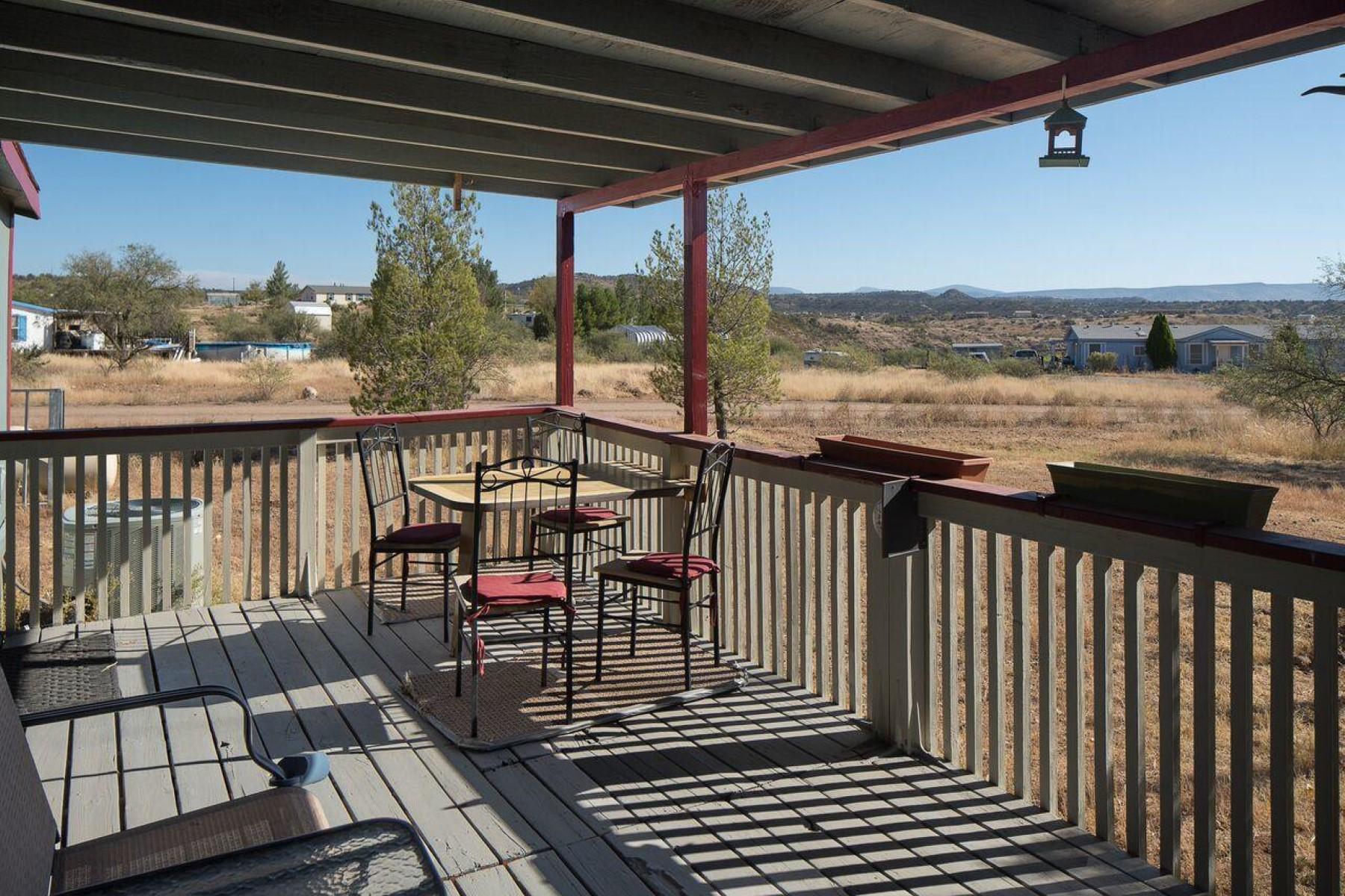 Casa Unifamiliar por un Venta en Remodeled Home in the Country 2085 E Kimberlys Way, Rimrock, Arizona, 86335 Estados Unidos