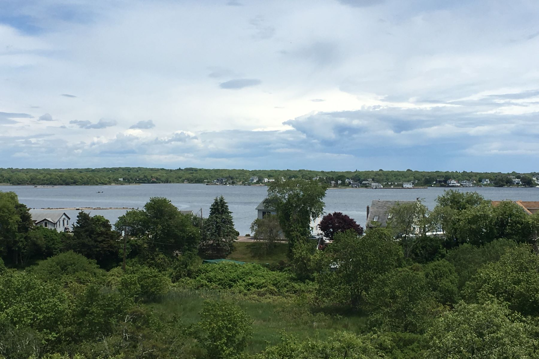 Additional photo for property listing at Stunning Contemporary 158 A Sherman Road South Kingstown, Rhode Island 02879 United States