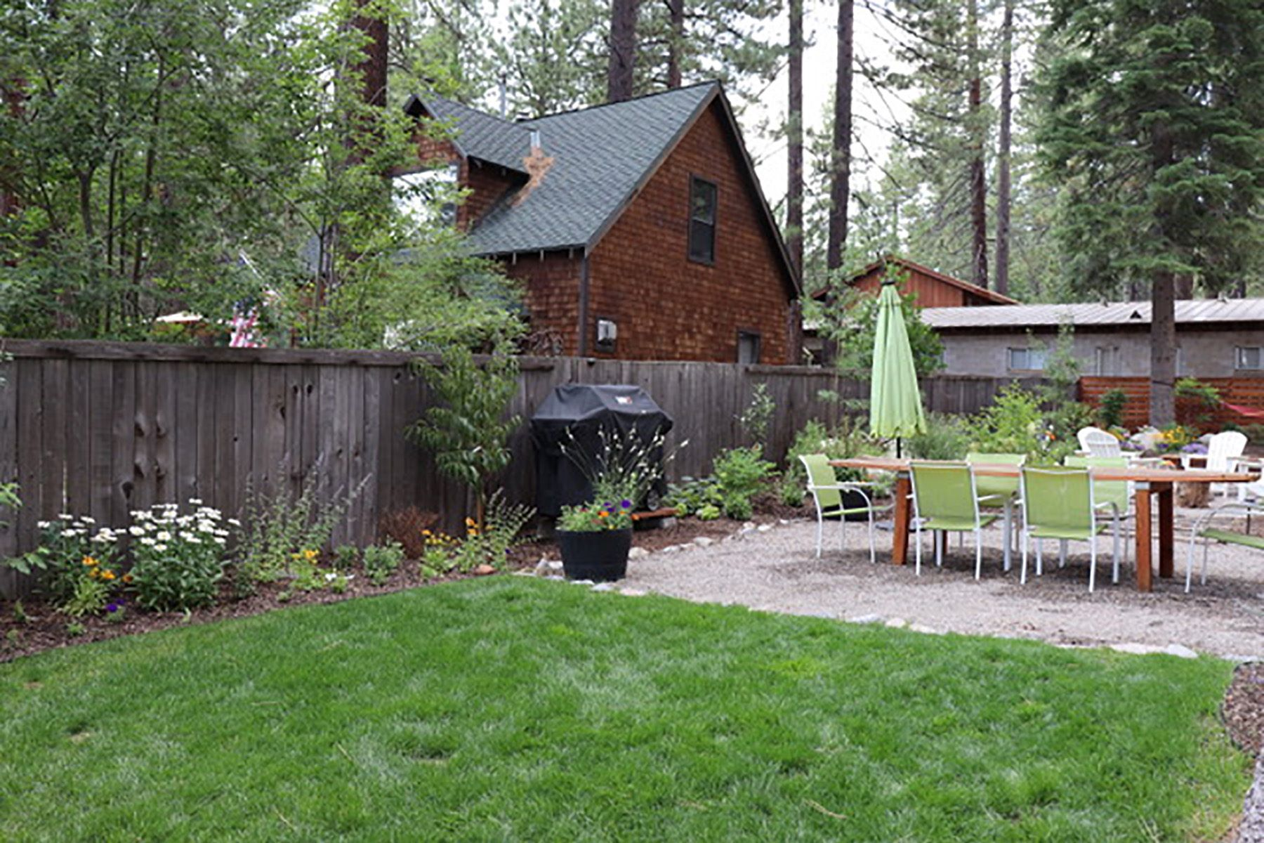 Additional photo for property listing at Modern Tahoe Cottage 8095 Rainbow Avenue Kings Beach, California 96143 United States