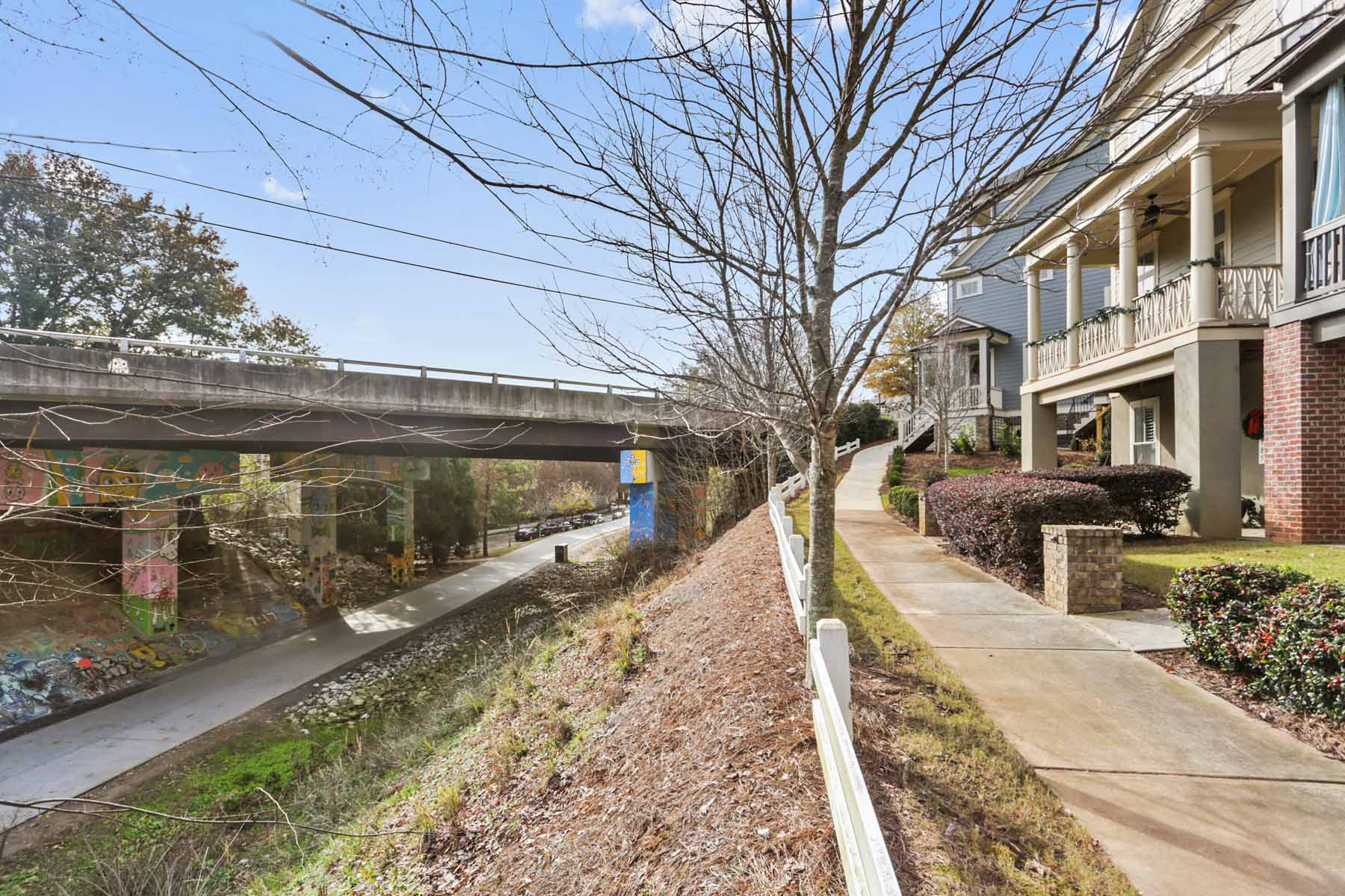 Additional photo for property listing at Stunning Inman Park Townhome Overlooking The Beltline 791 Corduroy Lane Atlanta, Georgia 30312 United States