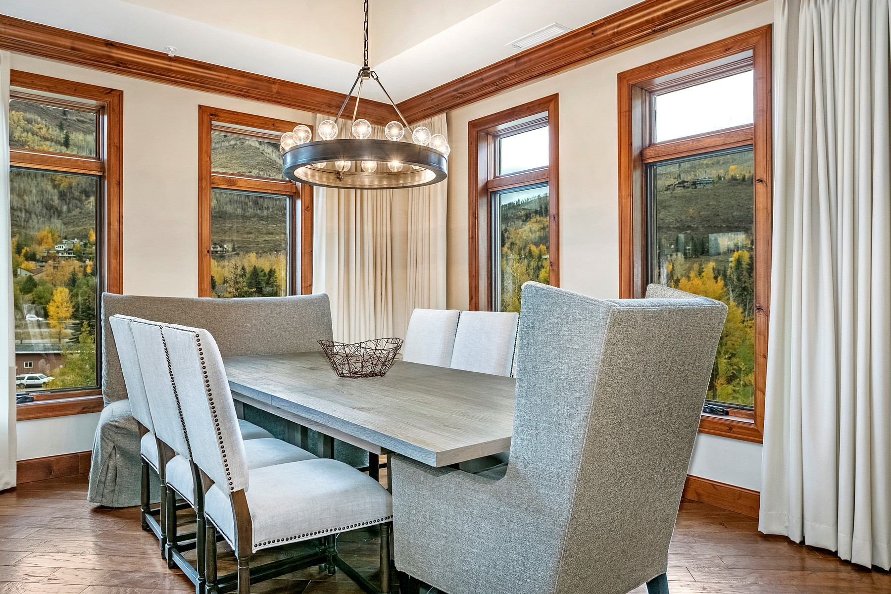 Additional photo for property listing at The Ritz-Carlton Residences Vail #R-402 728 West Lionshead Circle #R-402 Vail, Colorado 81657 United States
