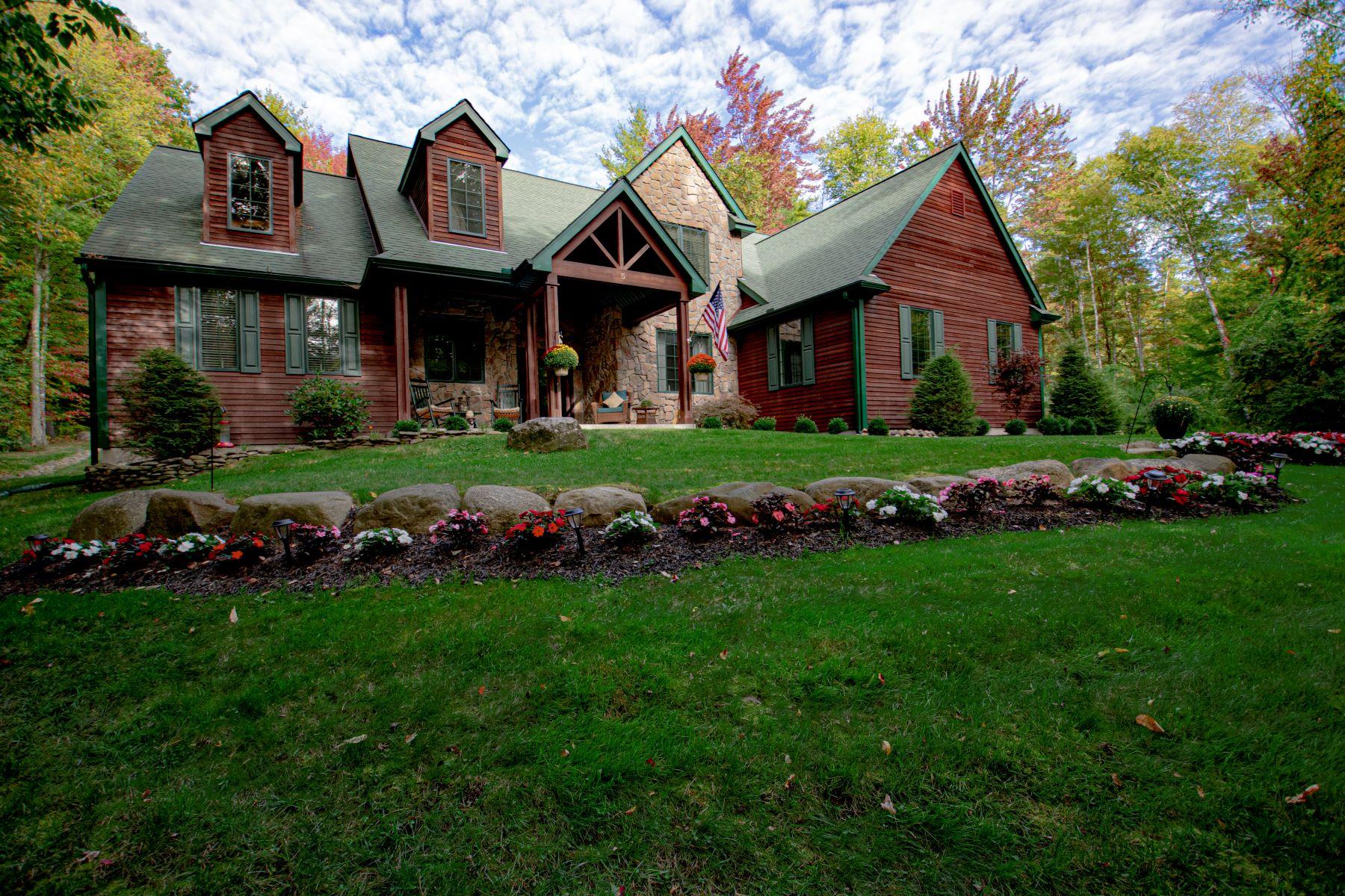 Single Family Homes für Verkauf beim Cobblestone Court 5 Cobblestone Ct, Bolton Landing, New York 12814 Vereinigte Staaten