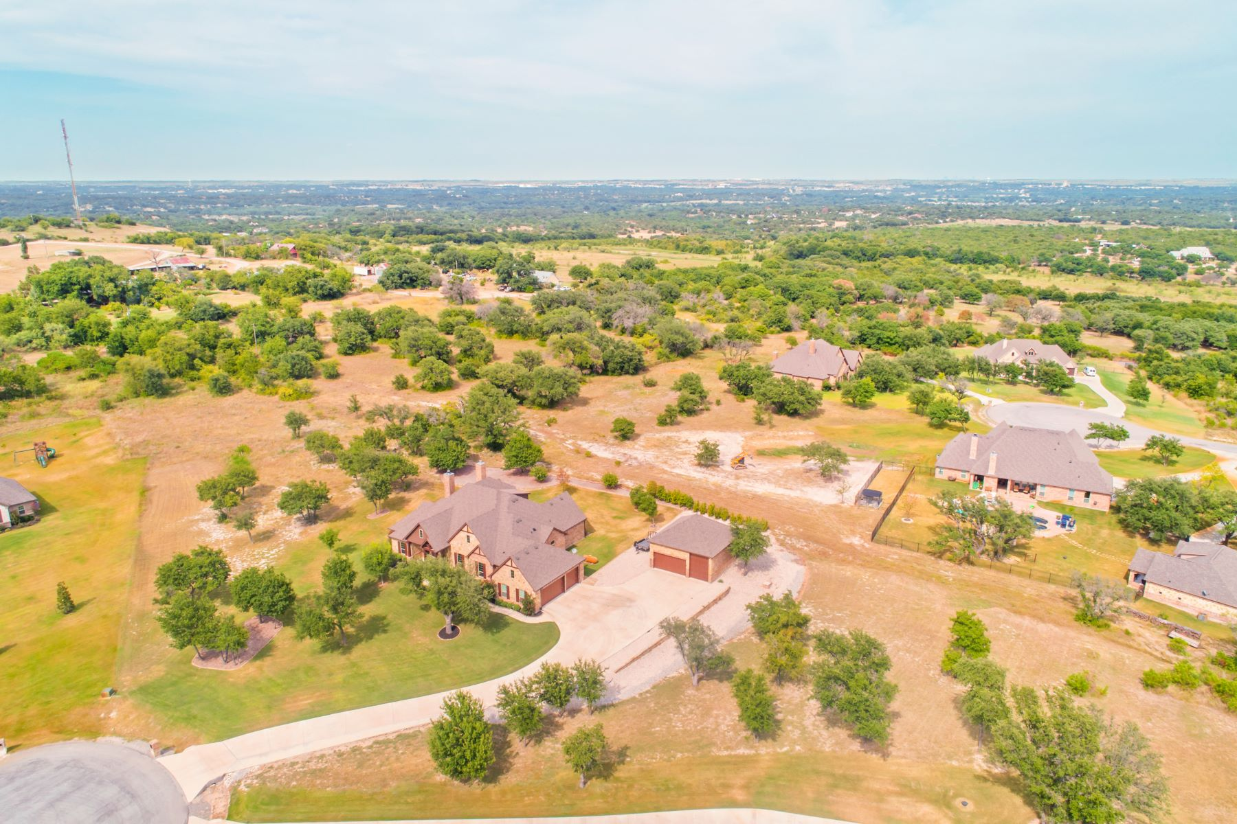 Single Family Homes for Sale at 315 Parc Oaks Court Aledo, Texas 76008 United States