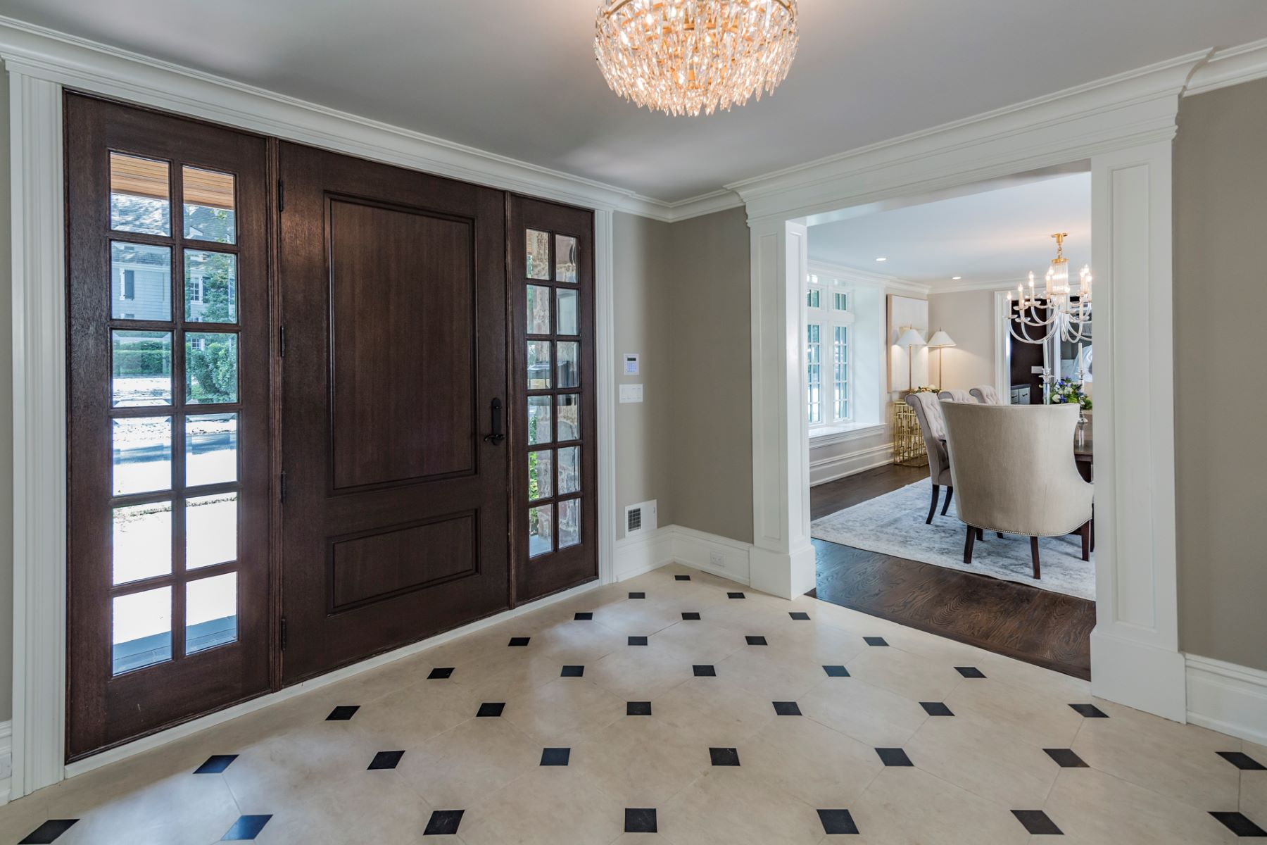Additional photo for property listing at A Distinctly Modern Sensibility for Legacy Home 75 Cleveland Lane, Princeton, New Jersey 08540 Verenigde Staten