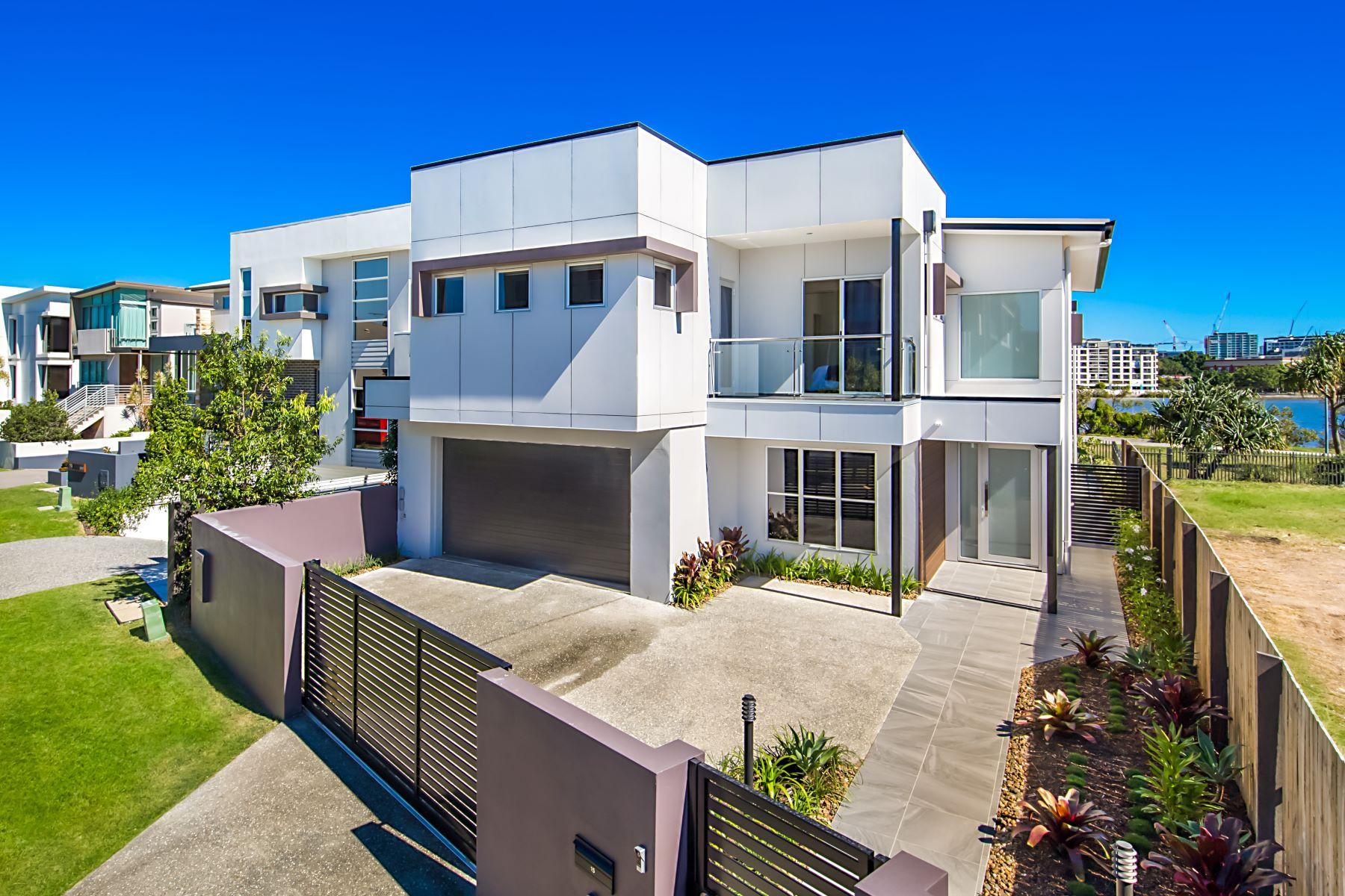 多戶家庭房屋 為 出售 在 Waterline Crescent 15 Waterline Crescent Brisbane, Queensland, 4171 澳大利亞