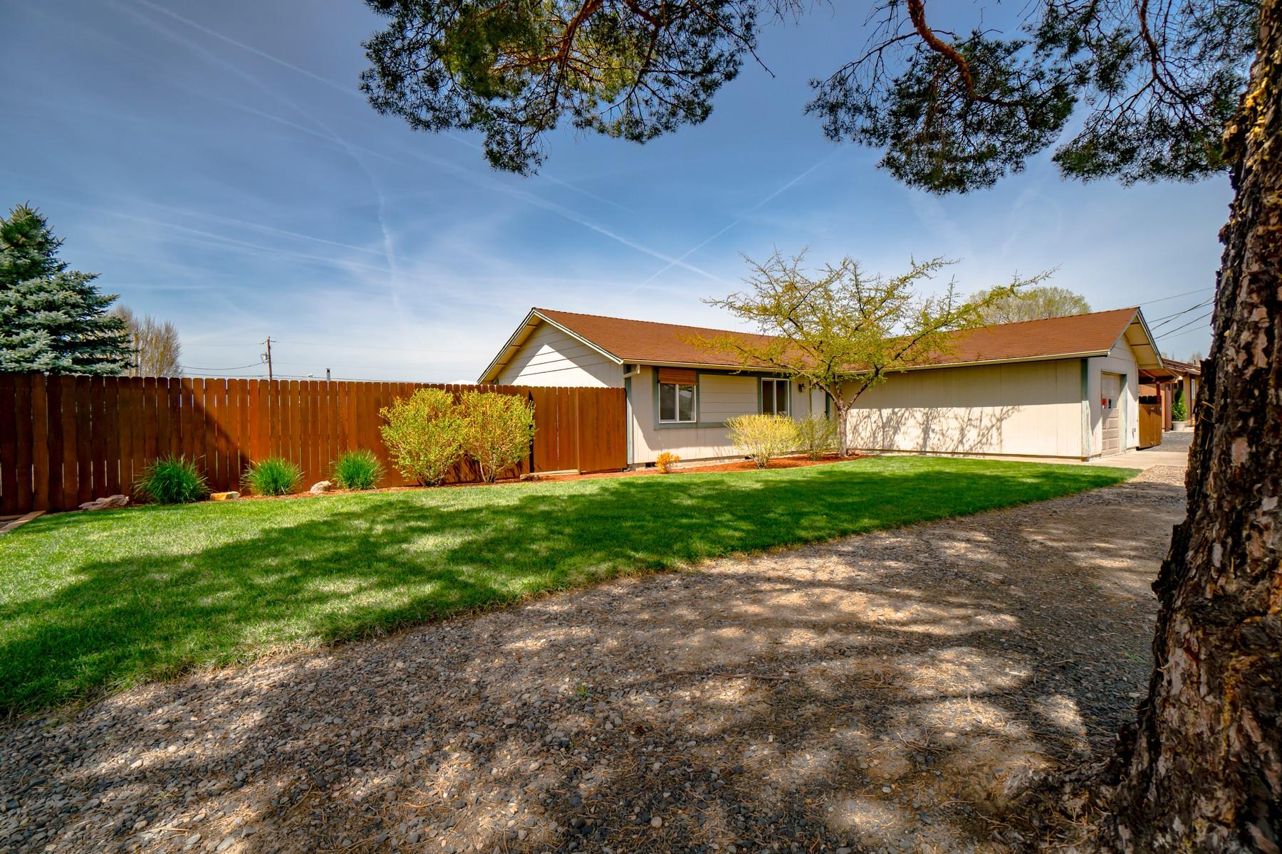 Single Family Homes 為 出售 在 8425 16th Street Terrebonne, OR 97760 Terrebonne, 俄勒岡州 97760 美國