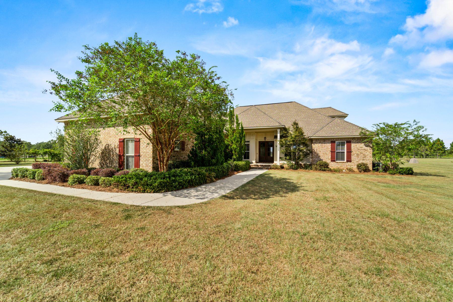 Single Family Homes 为 销售 在 11323 County Road 54 Daphne, 阿拉巴马州 36526 美国