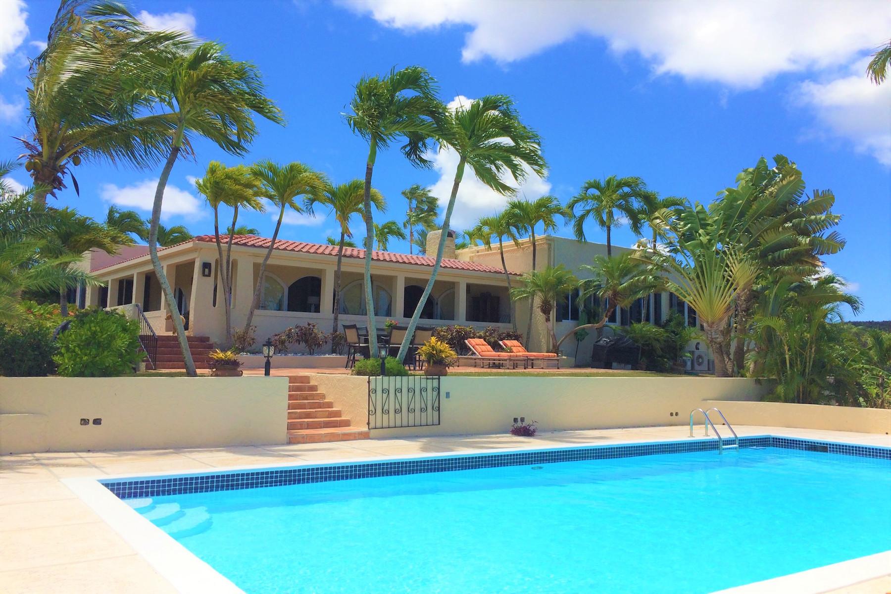 Single Family Homes por un Venta en 3 Betsy's Jewel St Croix, Virgin Islands 00820 Islas Virgenes Ee.Uu.