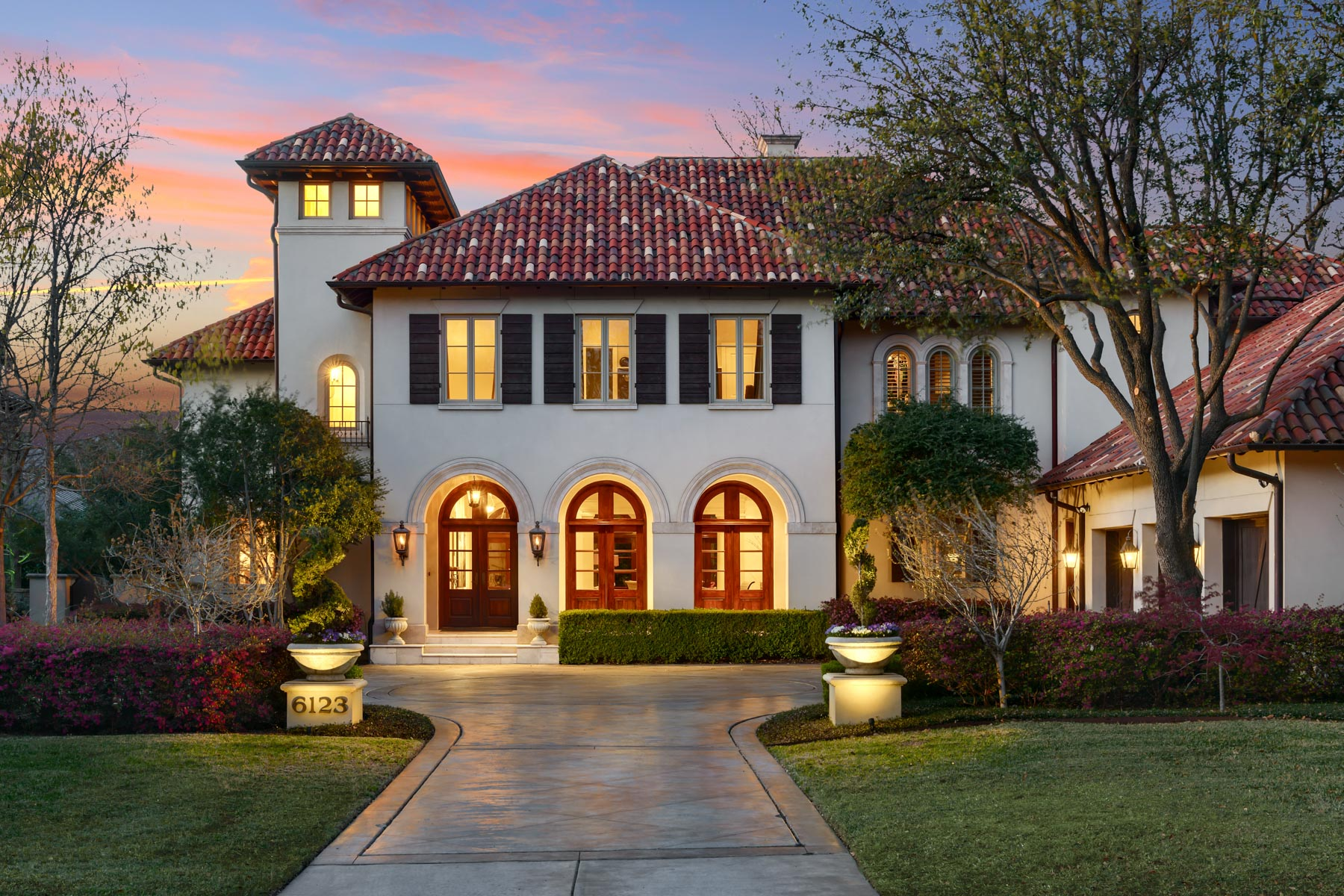 独户住宅 为 销售 在 Stunning Mediterranean in Preston Hollow 6123 Norway Road, 达拉斯, 得克萨斯州, 75230 美国