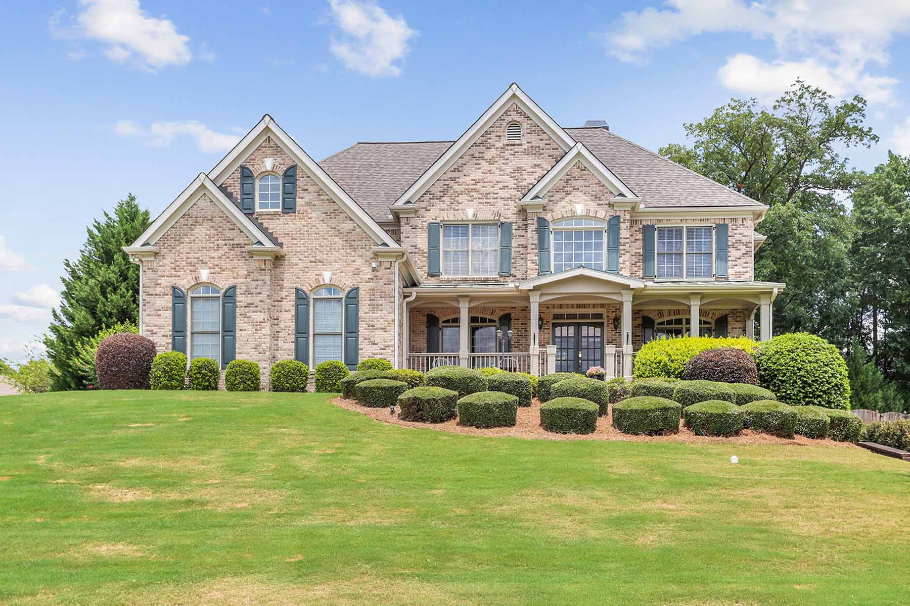Single Family Homes per Vendita alle ore Beautiful Bridgemill Home 146 Gold Bridge Xing, Canton, Georgia 30114 Stati Uniti