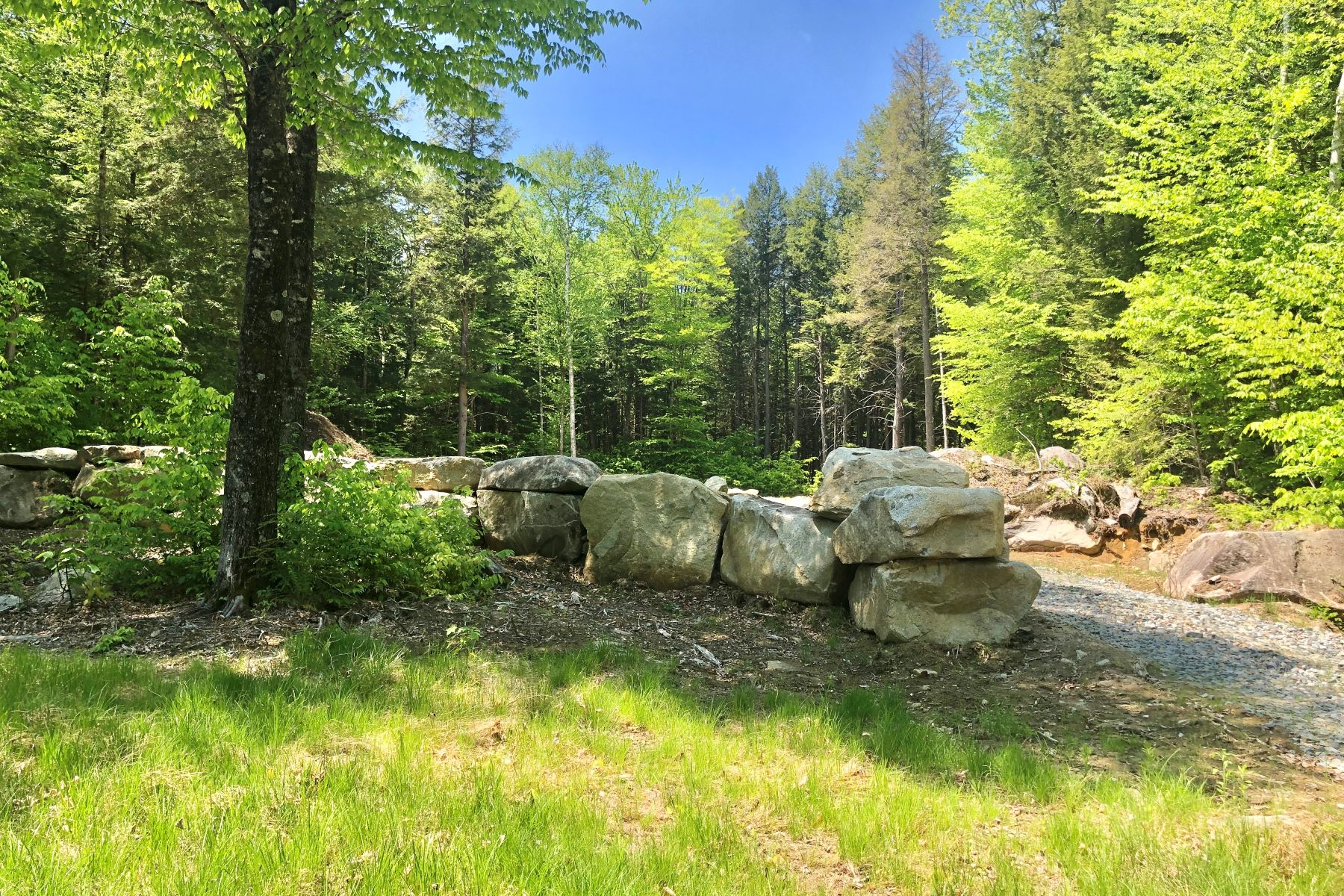 Land for Active at Access to Goose Pond 84 Sands Of Time Road 84 Canaan, New Hampshire 03741 United States