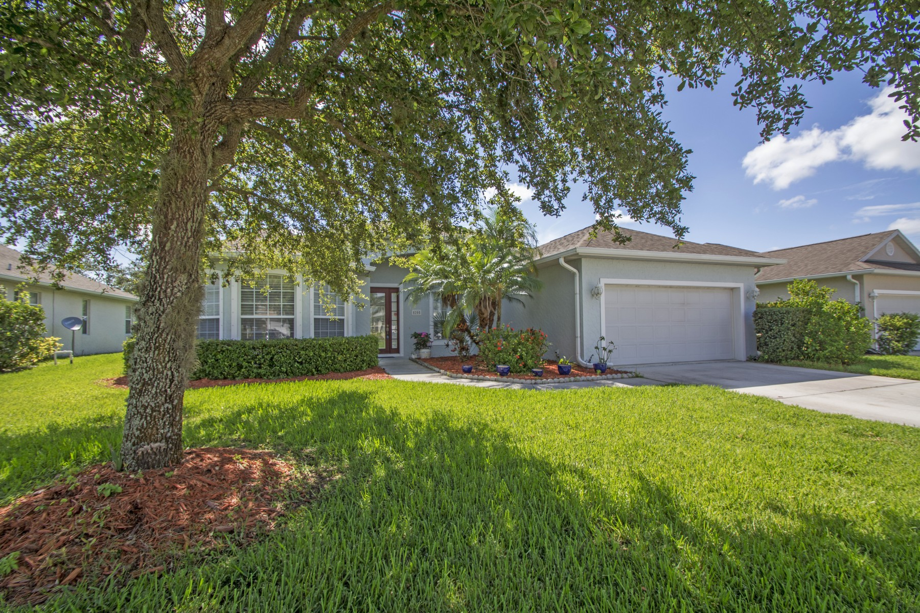 Single Family Home for Sale at Beautifully maintained four bedroom home in Hammock Lakes 5205 1st Square SW Vero Beach, Florida 32968 United States