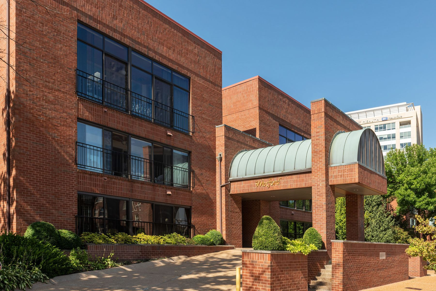 Property for Sale at Laclede Ave #102 4554 Laclede Ave # 102 St. Louis, Missouri 63105 United States