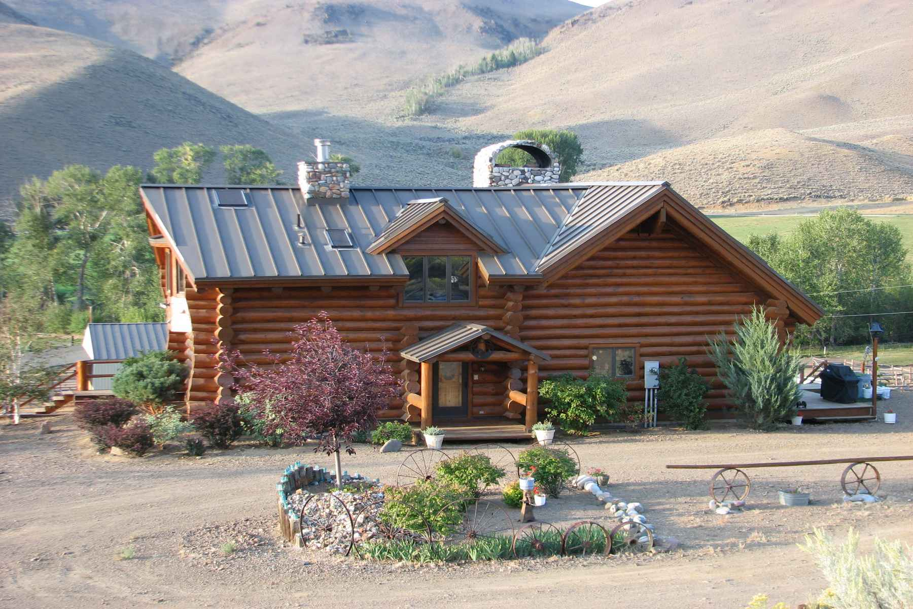 Additional photo for property listing at Challis Creek Ranch 8849 Challis Creek Road Challis, Idaho 83226 États-Unis