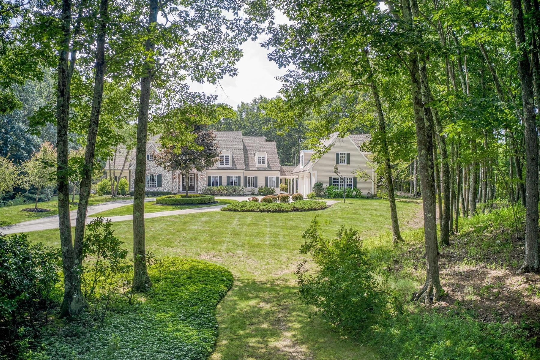 Single Family Homes 为 销售 在 16B Laurel Hollow Road Boxford, 马萨诸塞州 01921 美国