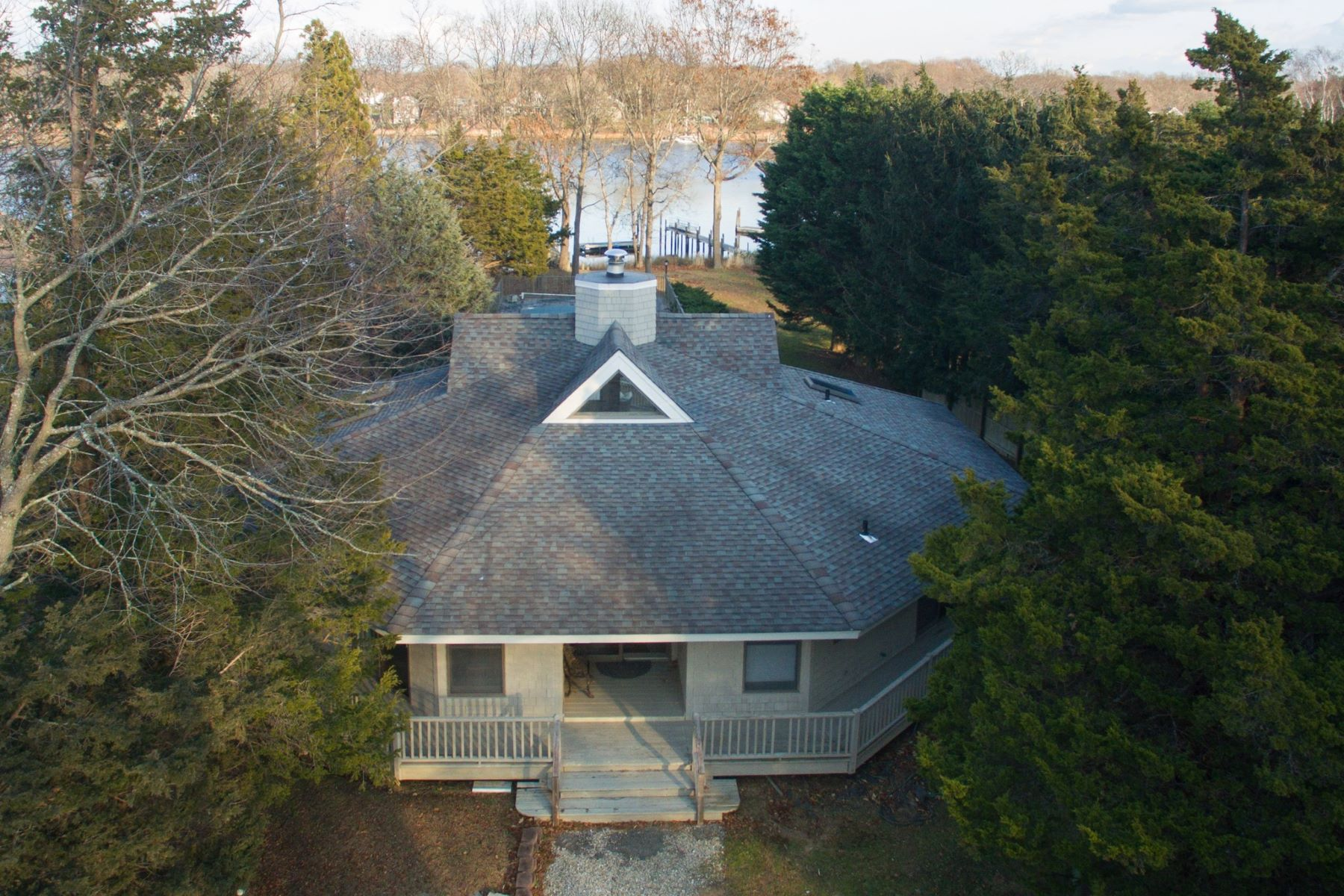 Single Family Home for Active at 15 Dickerson Dr , Shelter Island, NY 11964 15 Dickerson Dr Shelter Island, New York 11964 United States