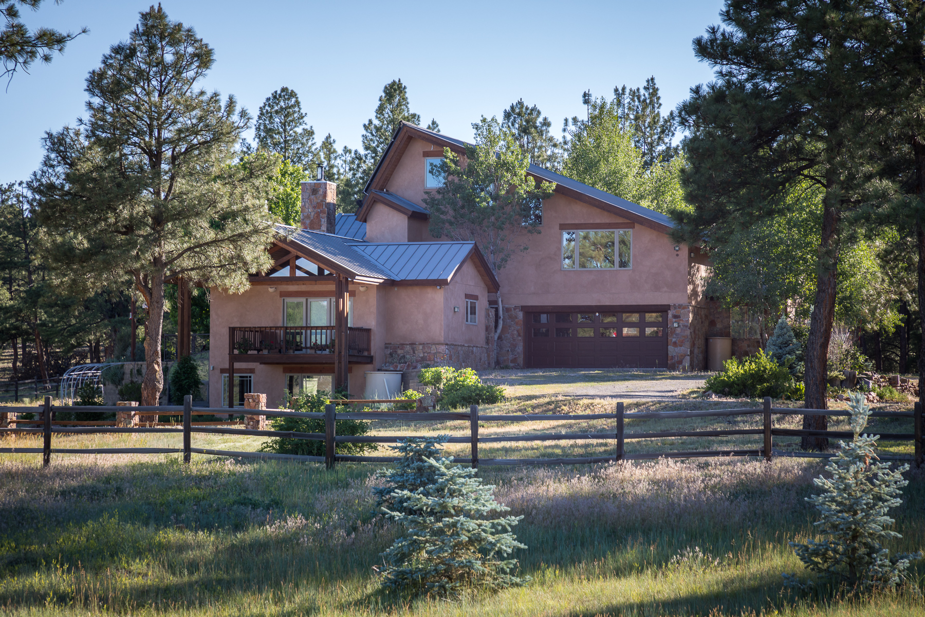 Casa Unifamiliar por un Venta en Peaceful Meadow Ranch 2415 Echo Canyon Ranch Lane Pagosa Springs, Colorado 81147 Estados Unidos