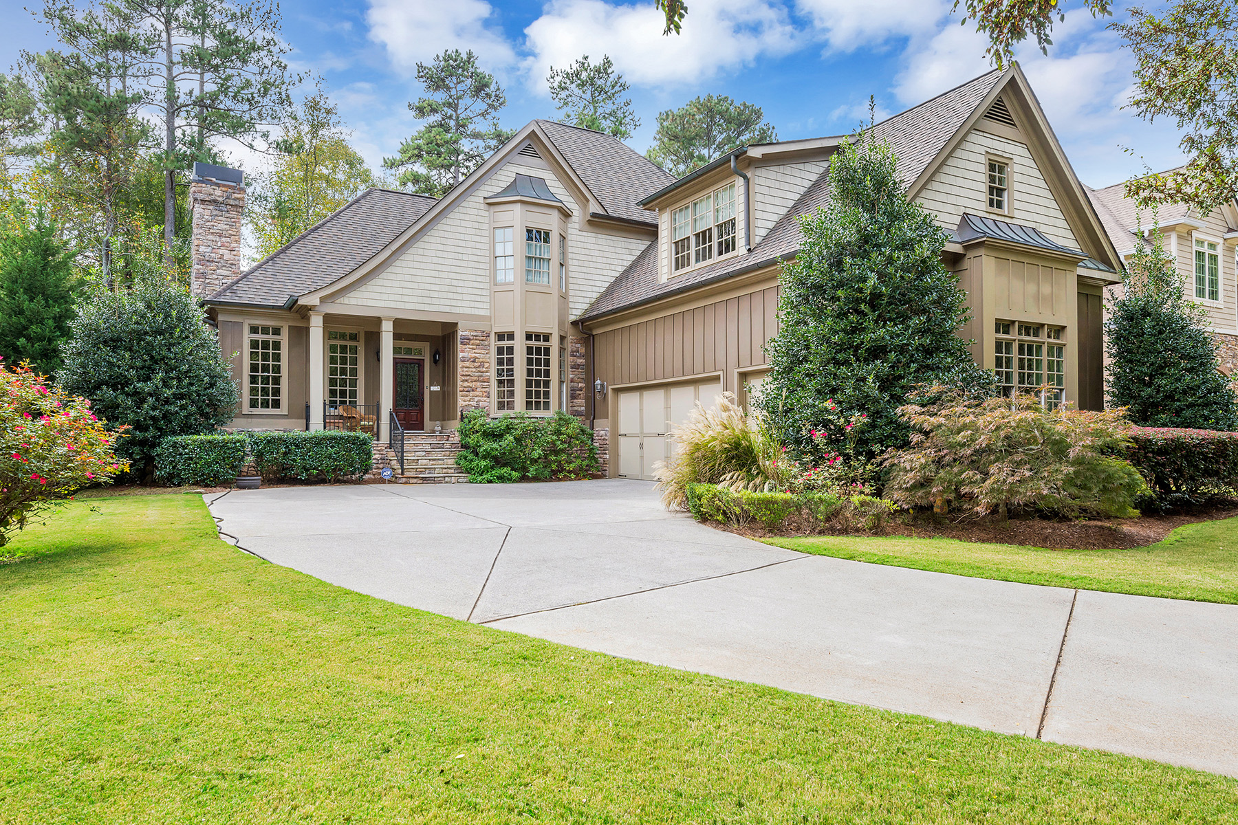 Single Family Home for Sale at Stunning Custom Home On Golf Course In Windward 6299 Windward Parkway Alpharetta, Georgia 30005 United States