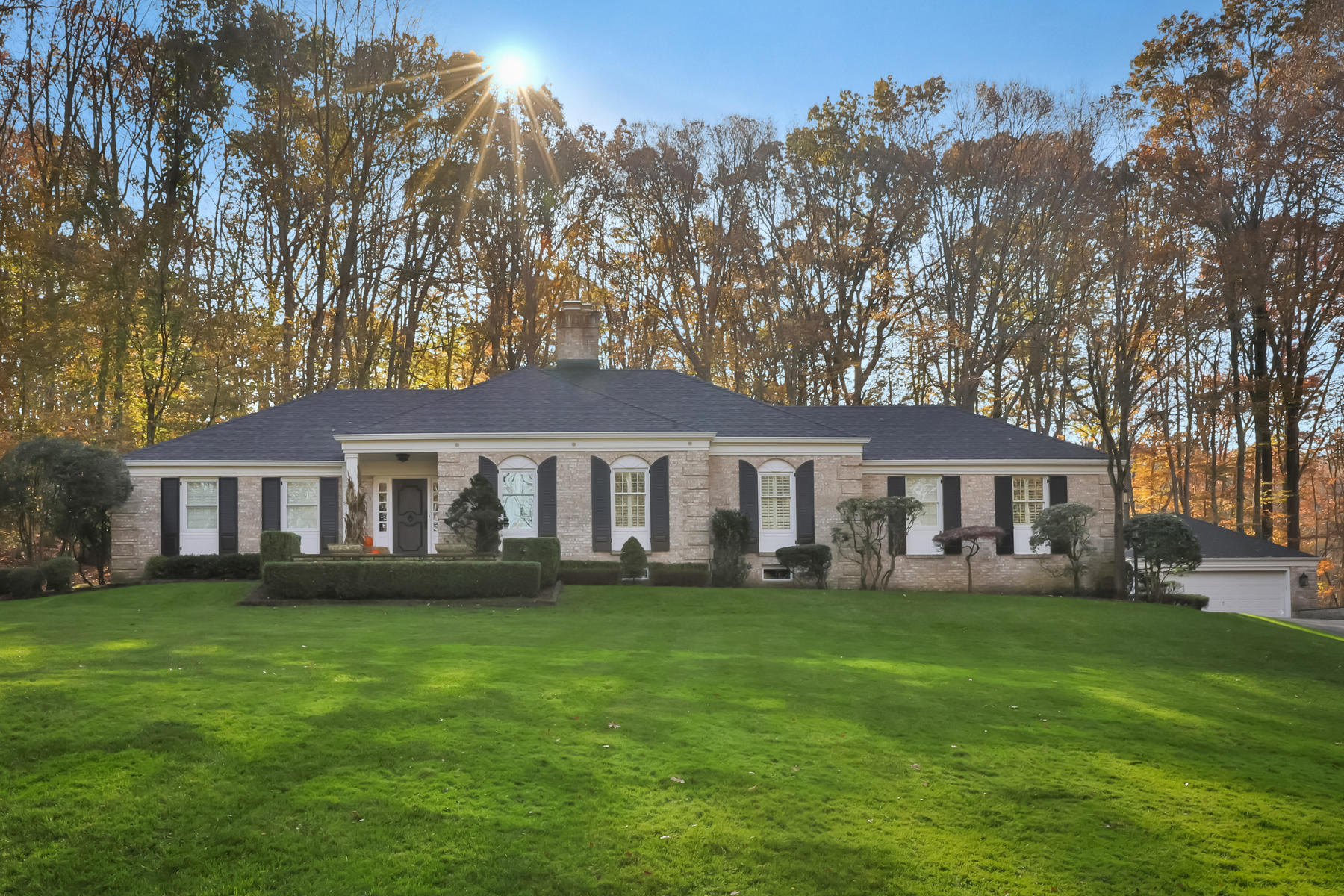 Single Family Homes for Sale at Lovely Expanded Ranch 25 Glenwood Rd Colts Neck, New Jersey 07722 United States