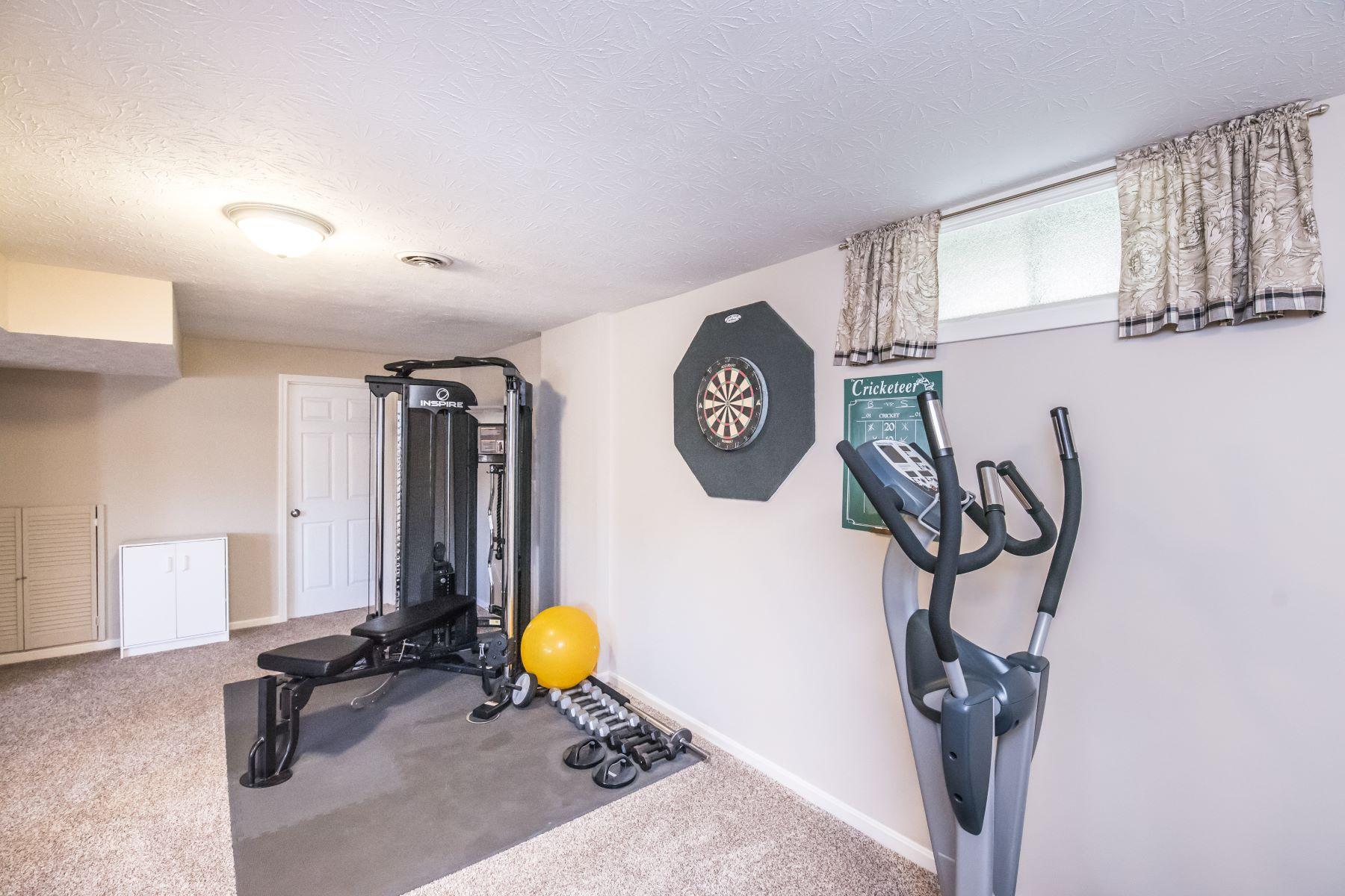 Additional photo for property listing at 10420 Worthington Lane  Prospect, Kentucky 40059 United States