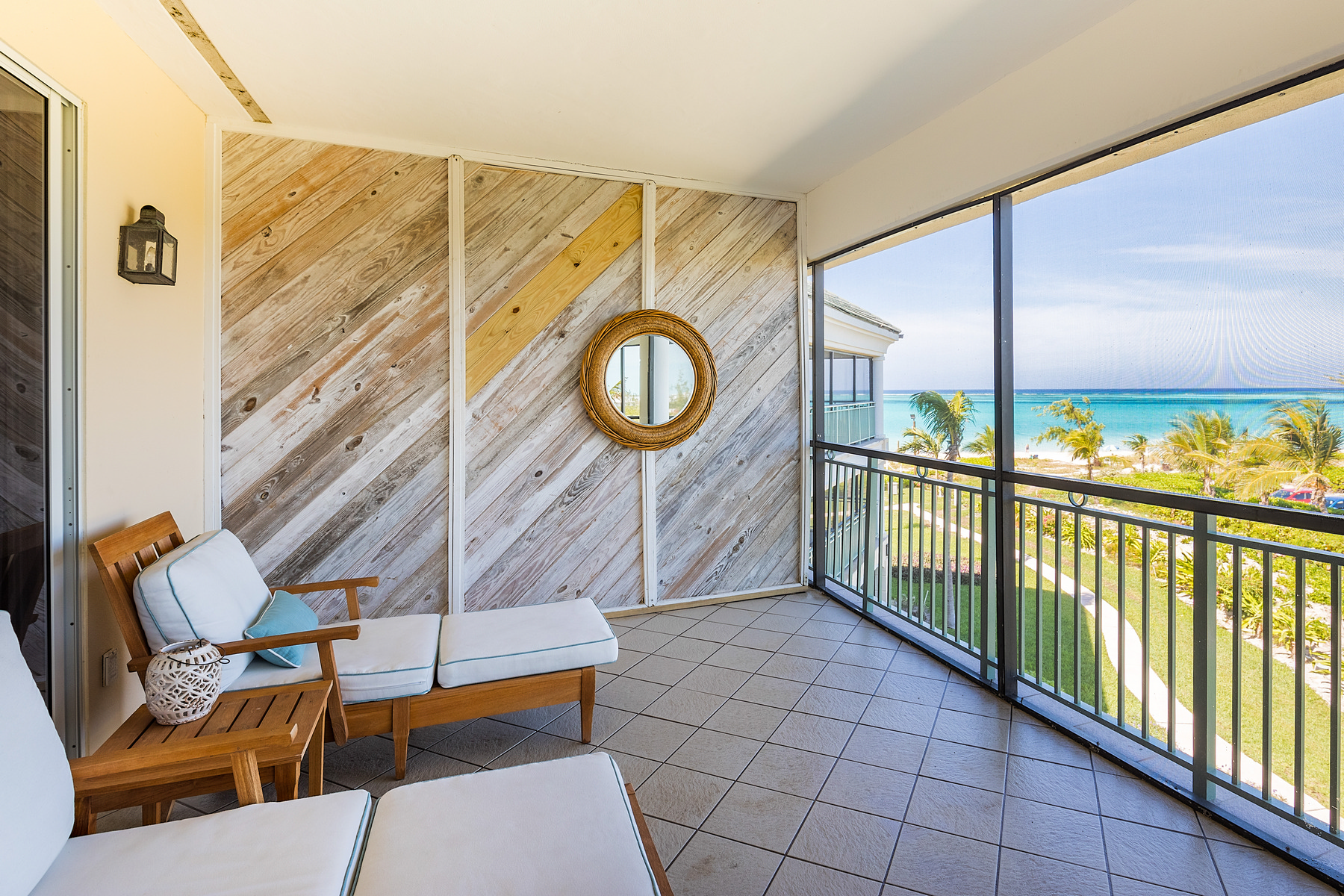 Additional photo for property listing at The Sands at Grace Bay - Penthouse Suite 3309.10 The Sands On Grace Bay, Grace Bay, Providenciales Îles Turques Et Caïques