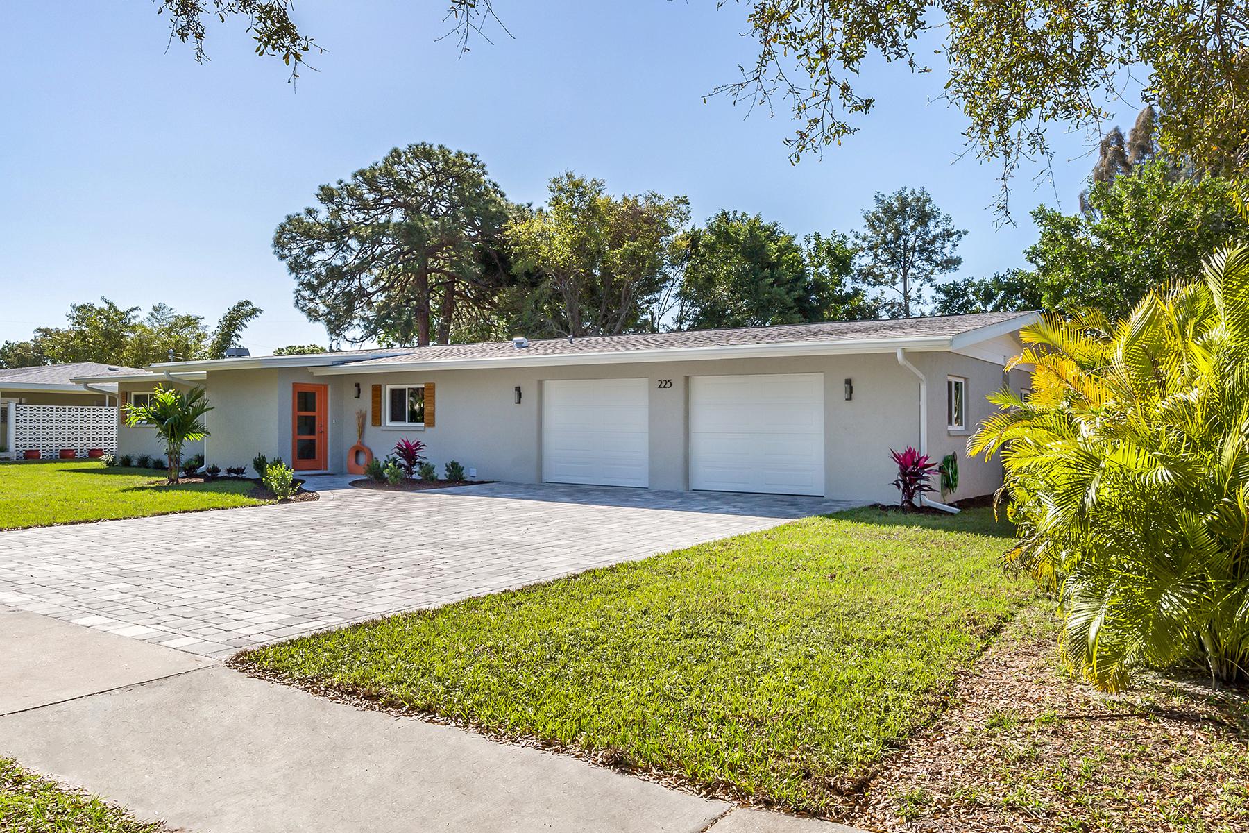 Single Family Homes für Verkauf beim VENICE ISLAND 225 San Marco Dr, Venedig, Florida 34285 Vereinigte Staaten