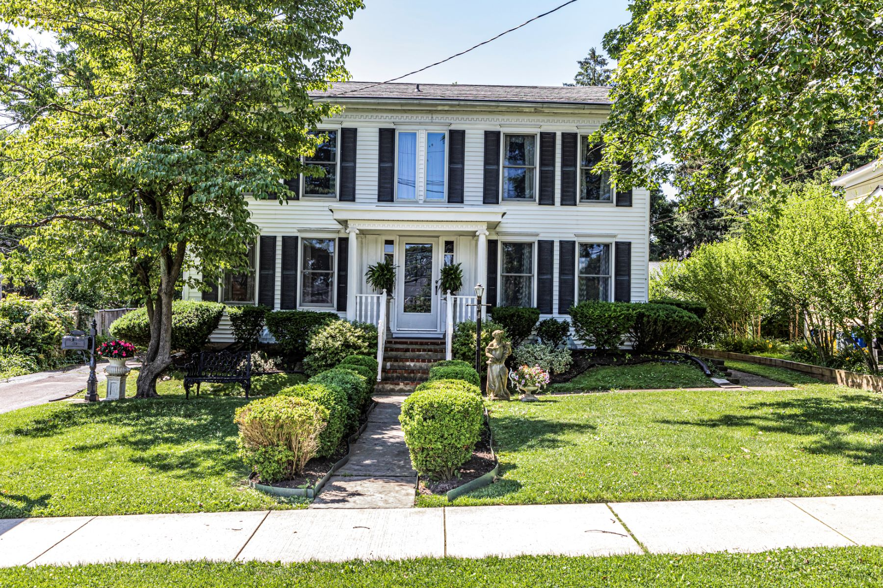 Single Family Homes for Sale at A Heart Of Town Location With Many Possibilities 41 East Broad Street Hopewell, New Jersey 08525 United States