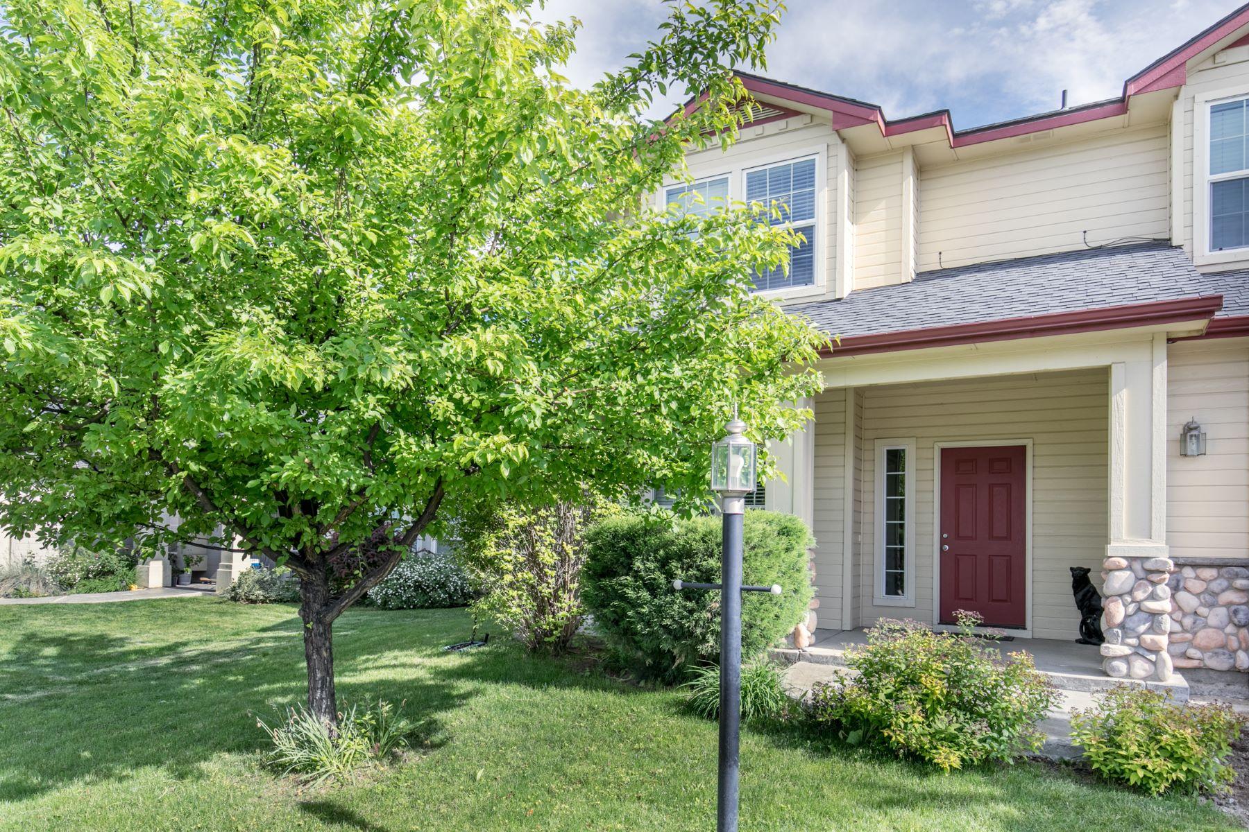Single Family Homes pour l Vente à 2329 Apgar Creek Dr., Meridian 2329 W Apgar Creek Dr Meridian, Idaho 83642 États-Unis