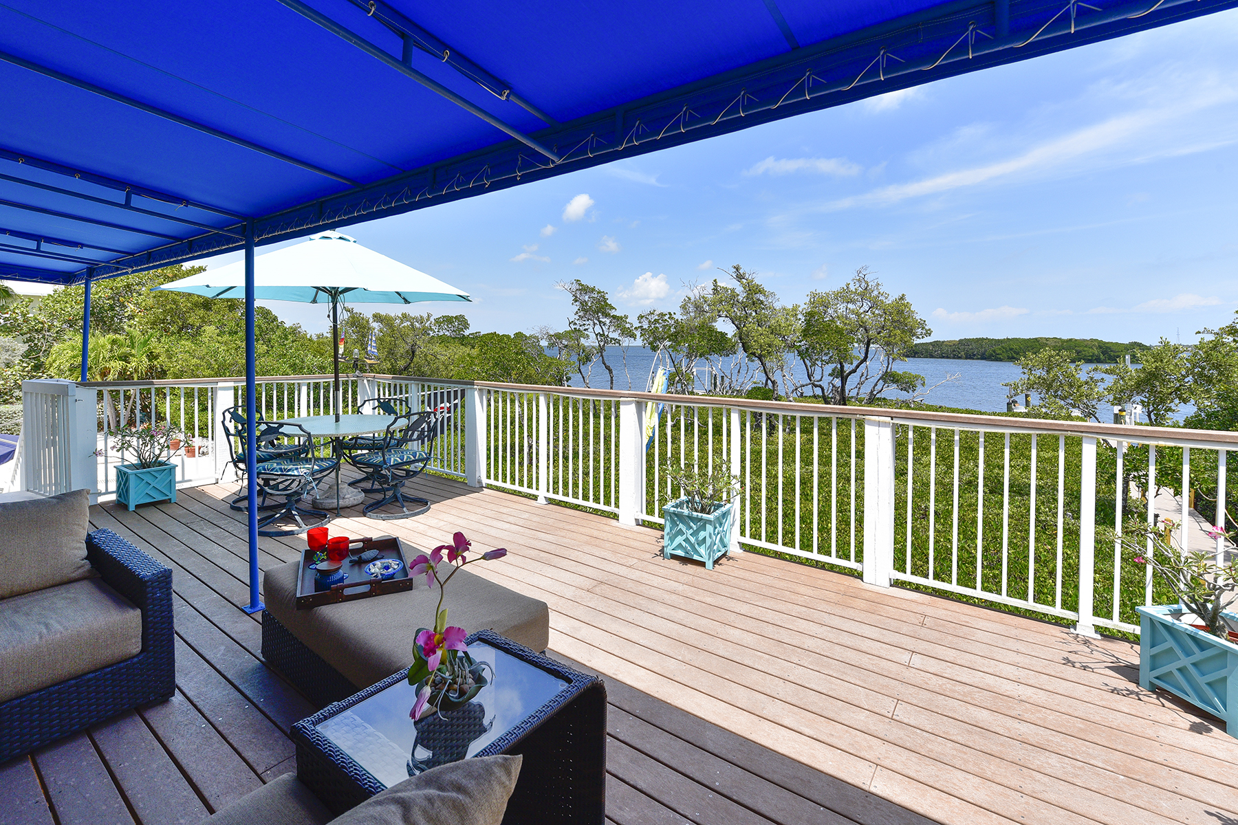 Additional photo for property listing at Exclusive Bayfront Home 45 Mutiny Place Key Largo, Флорида 33037 Соединенные Штаты