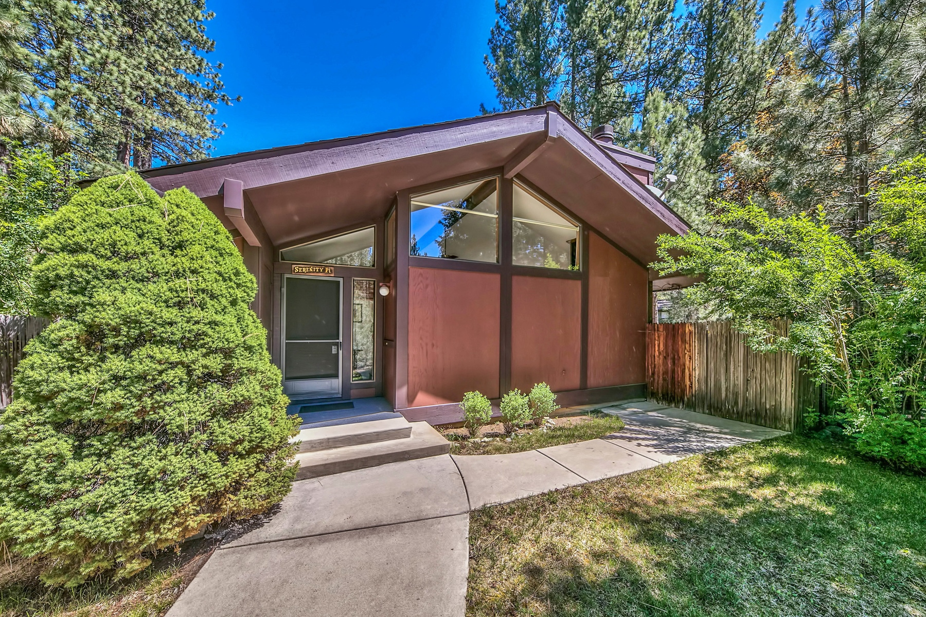 共管式独立产权公寓 为 销售 在 4 Graeagle Meadows, Graeagle, CA 4 Graeagle Meadows Road Graeagle, 加利福尼亚州 96103 美国