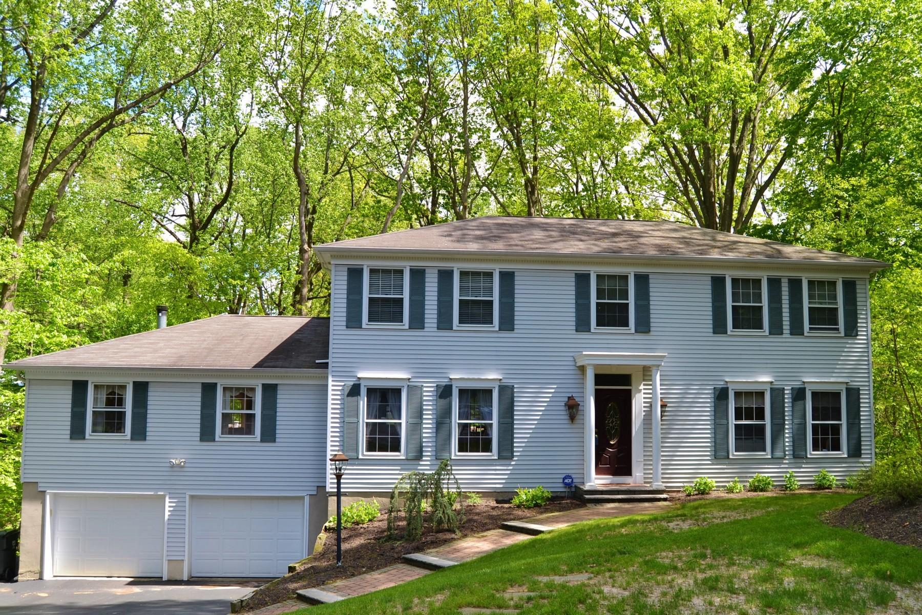 Single Family Home for Sale at Spacious center hall colonial 25 Lionel Court Middletown, New Jersey, 07748 United States