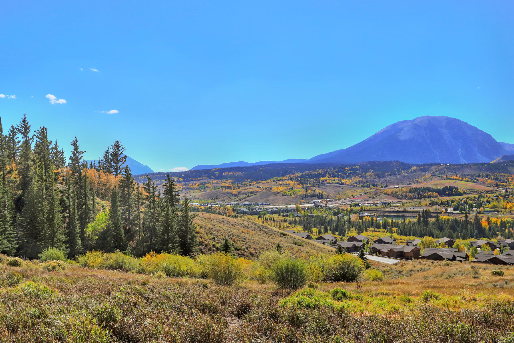 Additional photo for property listing at Dream Home Site with Sweeping Mountain Views 968 Bald Eagle Road Silverthorne, Colorado 80498 United States