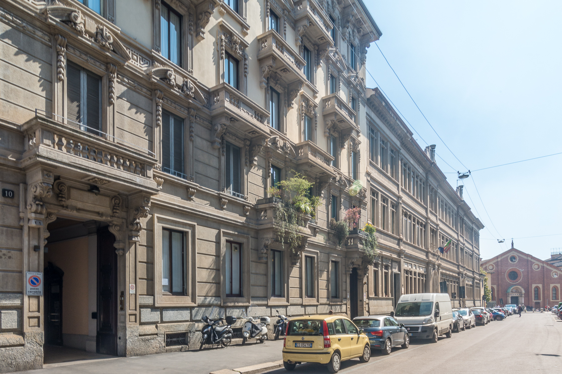 Apartment for Sale at Prestigious office in exclusive area Via Ruffini Milano, 20123 Italy
