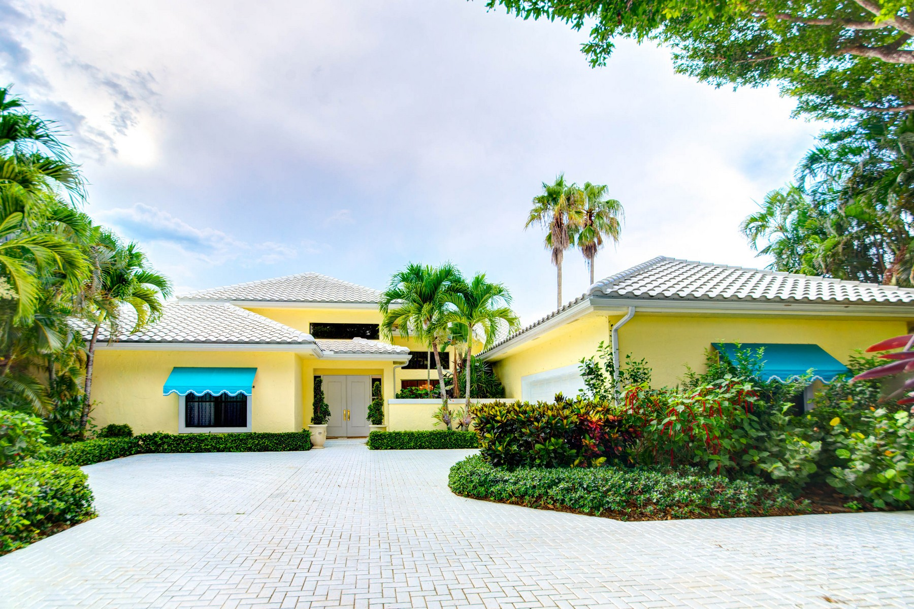 Maison unifamiliale pour l à louer à 2425 Golf Brook Drive 2425 Golf Brook Drive Wellington, Florida 33414 États-Unis