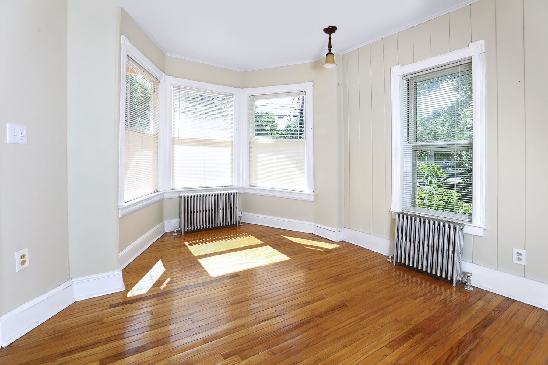 Additional photo for property listing at In The Heart Of It All 36 South Union Street Lambertville, ニュージャージー 08530 アメリカ
