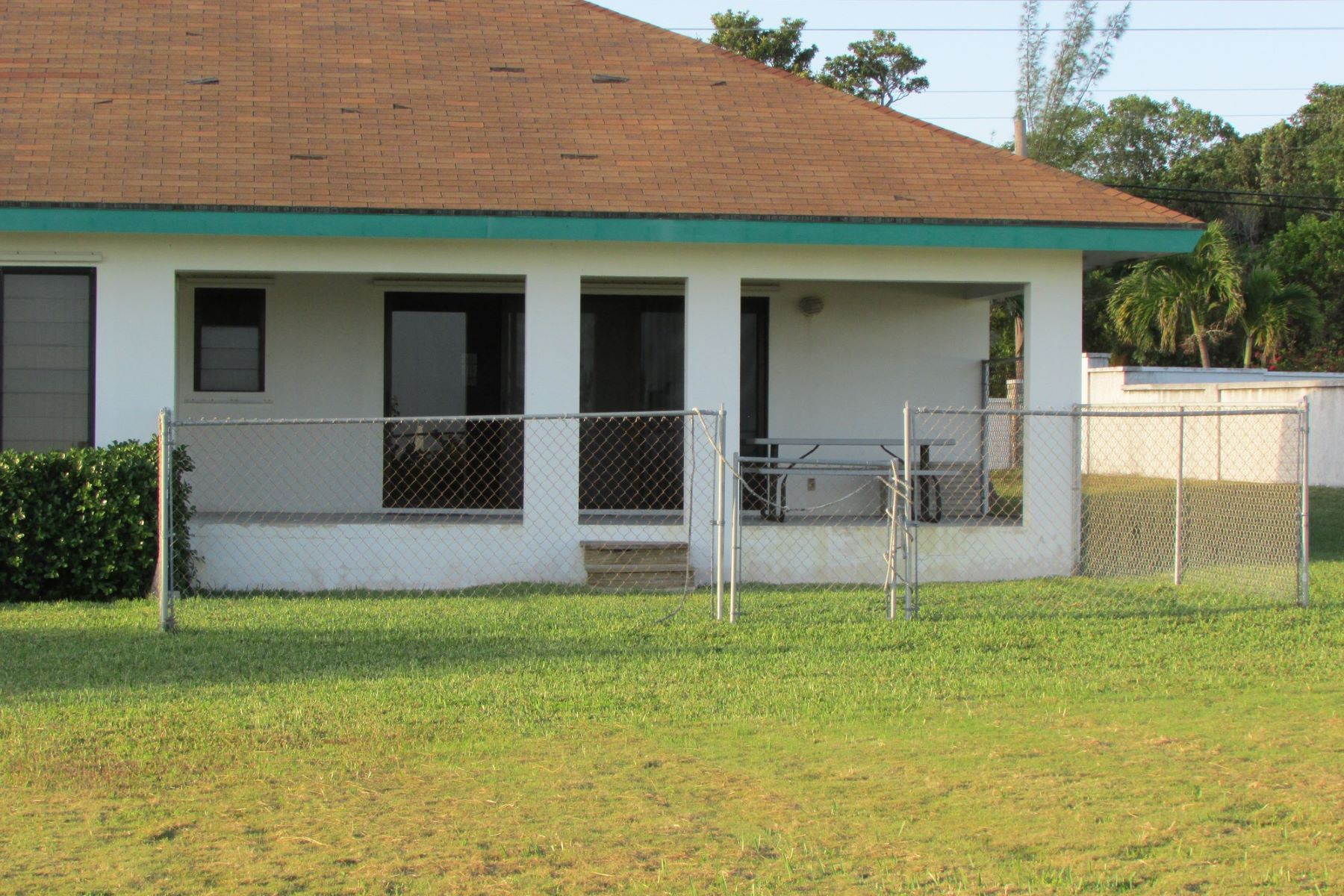 Additional photo for property listing at High Rocks Home Marsh Harbour, Abaco Bahamas